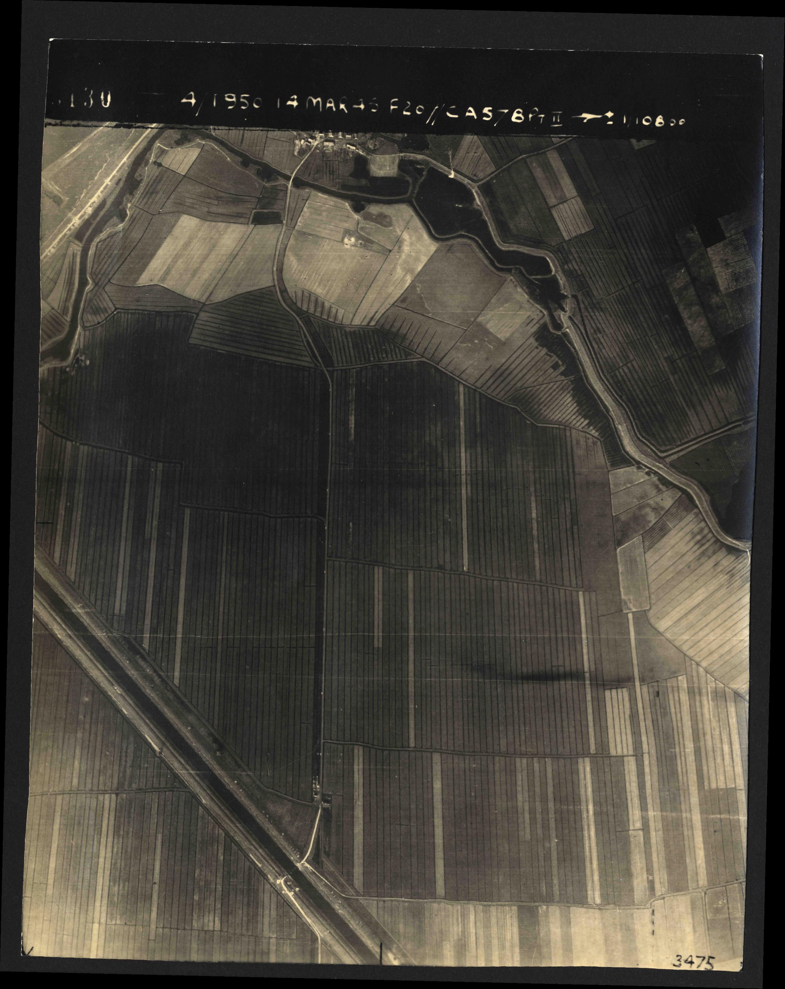 Collection RAF aerial photos 1940-1945 - flight 010, run 09, photo 3130