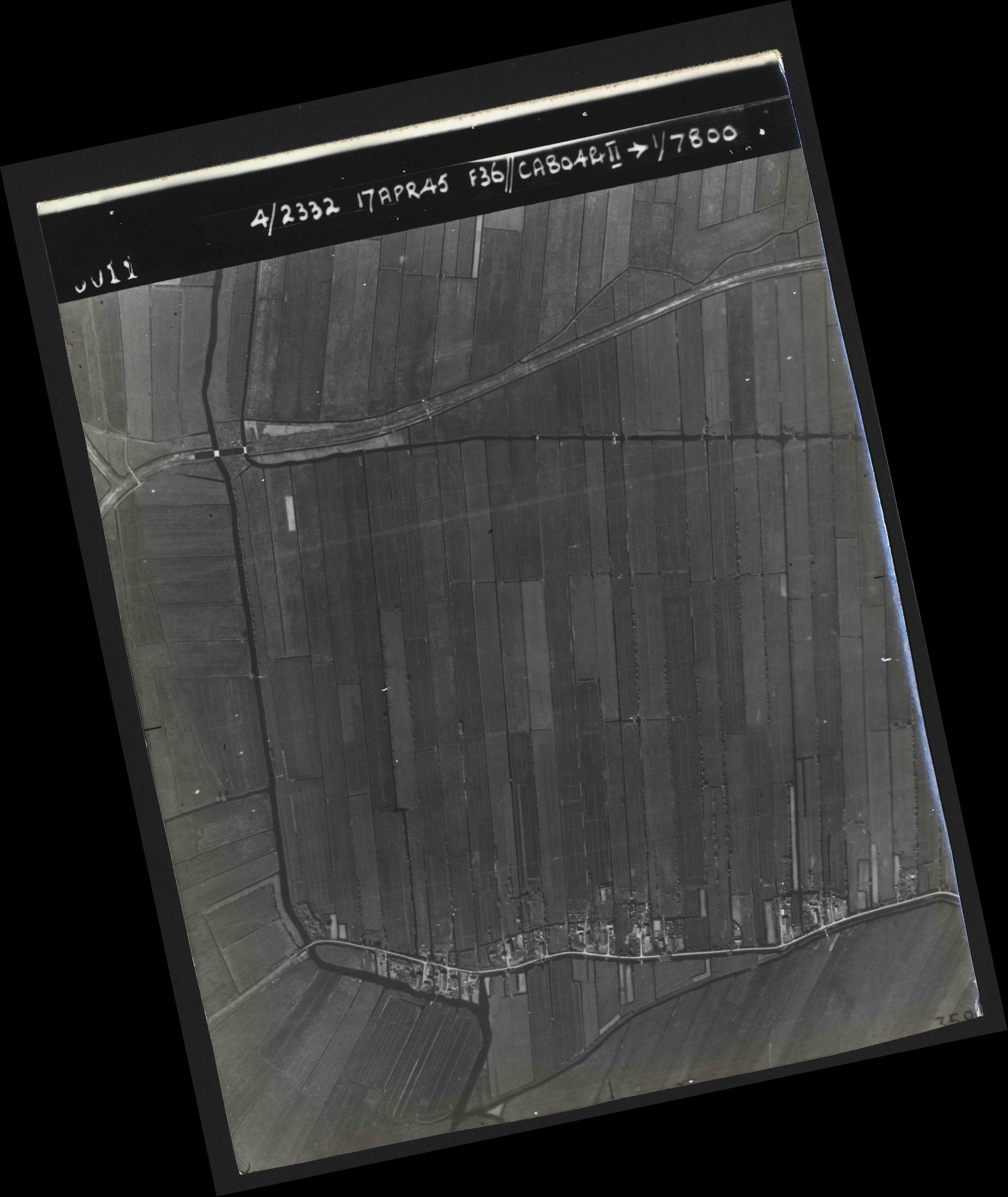 Collection RAF aerial photos 1940-1945 - flight 011, run 01, photo 3011