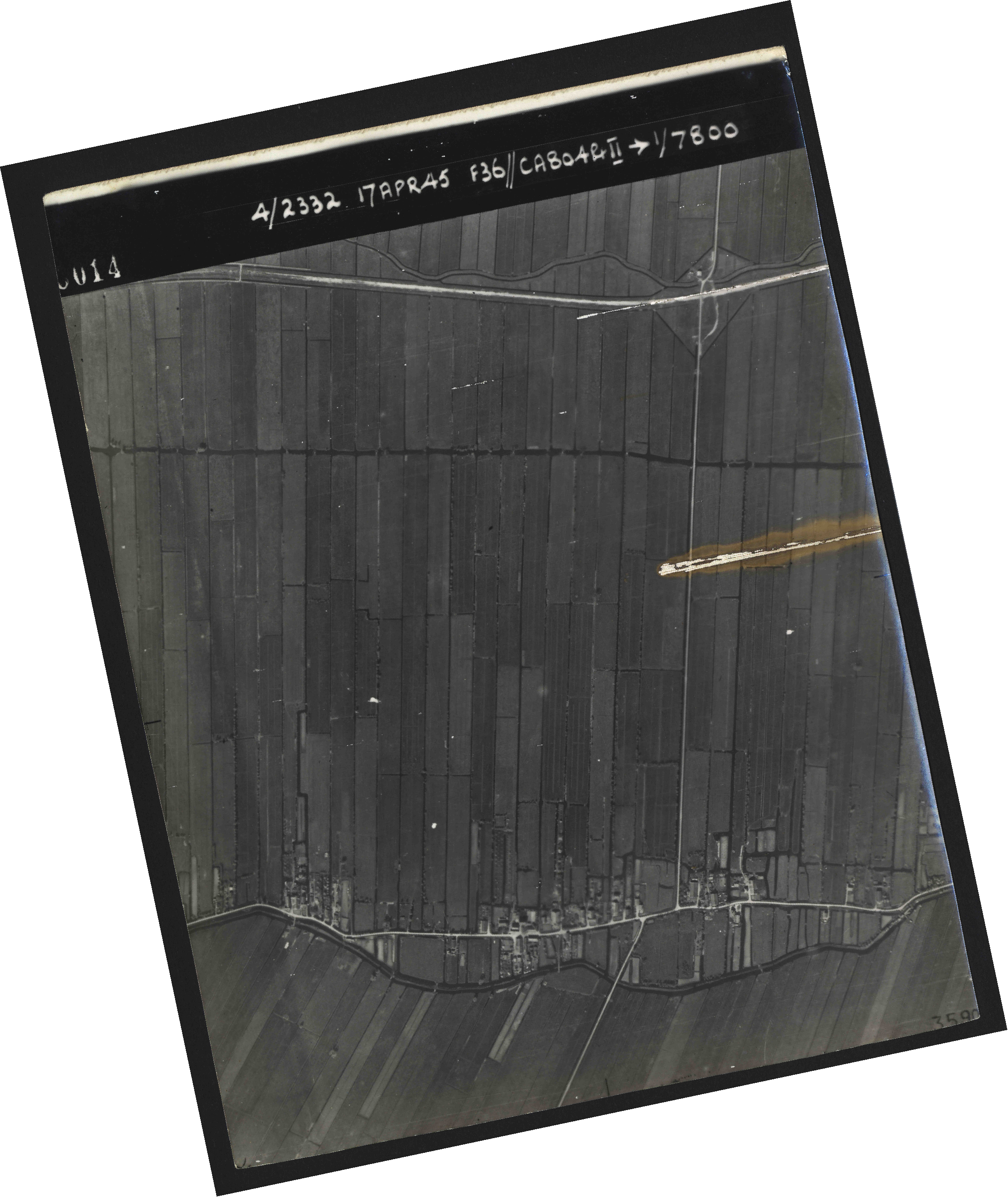 Collection RAF aerial photos 1940-1945 - flight 011, run 01, photo 3014