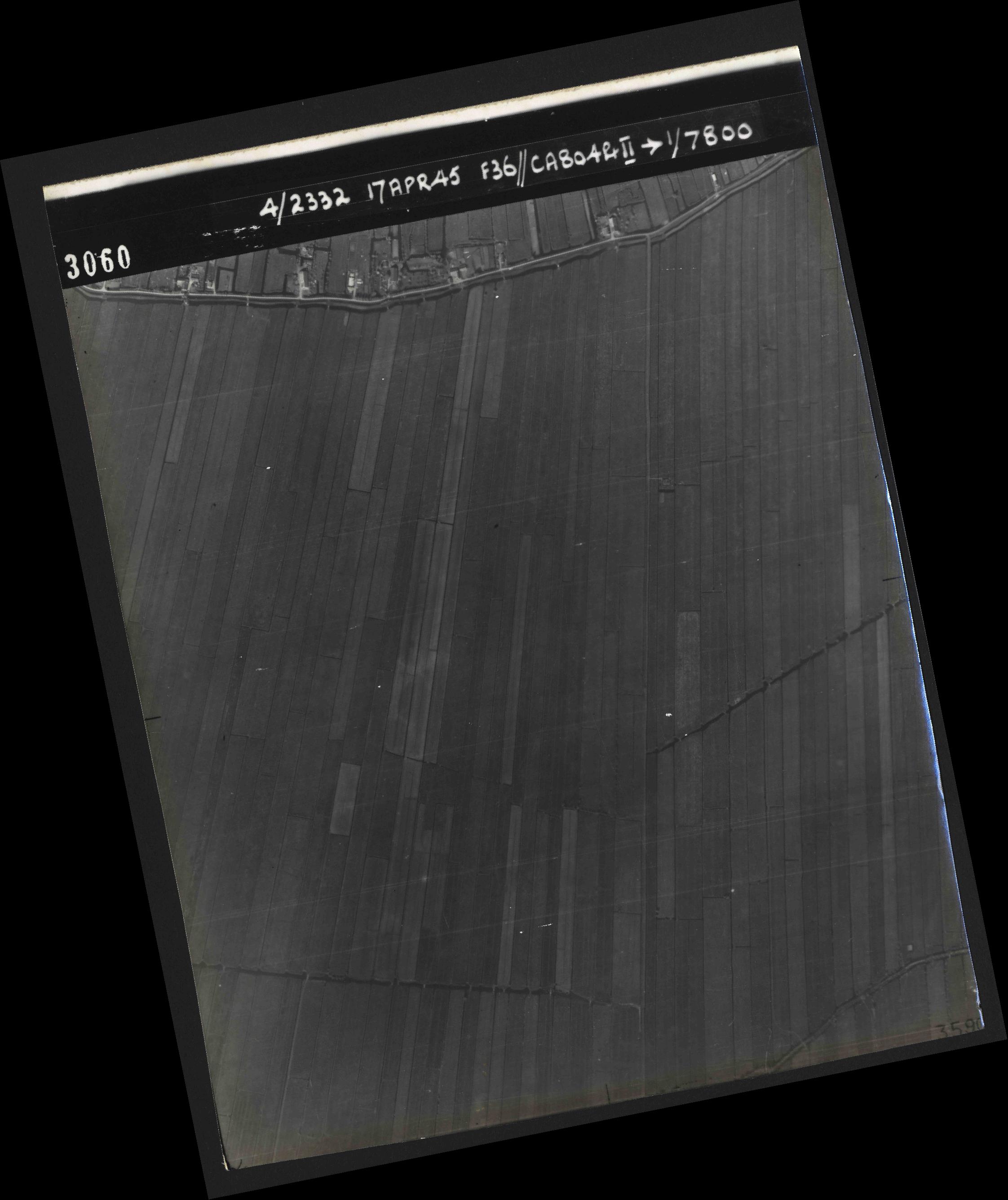 Collection RAF aerial photos 1940-1945 - flight 011, run 02, photo 3060
