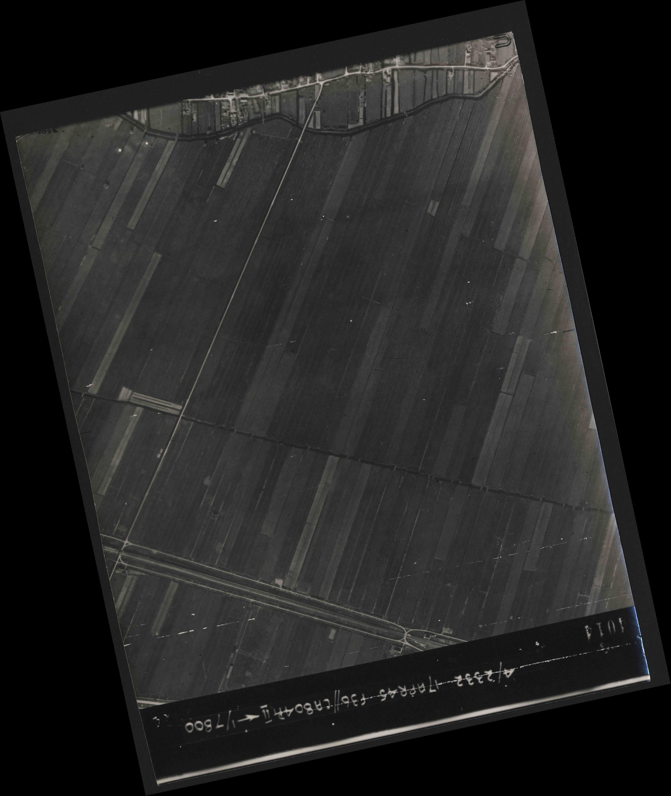 Collection RAF aerial photos 1940-1945 - flight 011, run 03, photo 4014