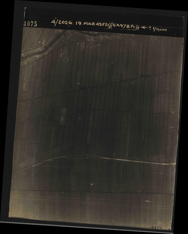 Collection RAF aerial photos 1940-1945 - flight 012, run 01, photo 4075