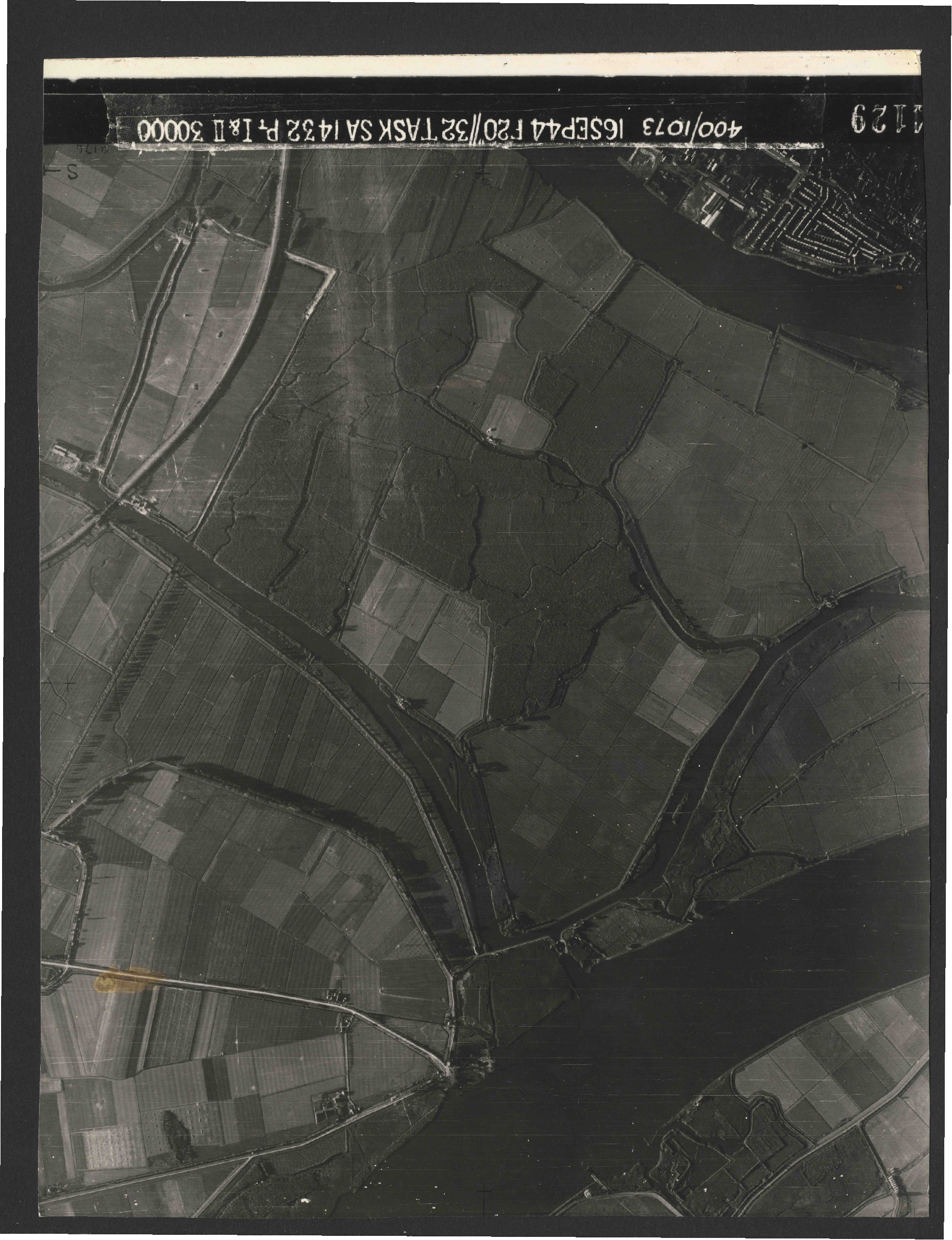 Collection RAF aerial photos 1940-1945 - flight 013, run 02, photo 4129