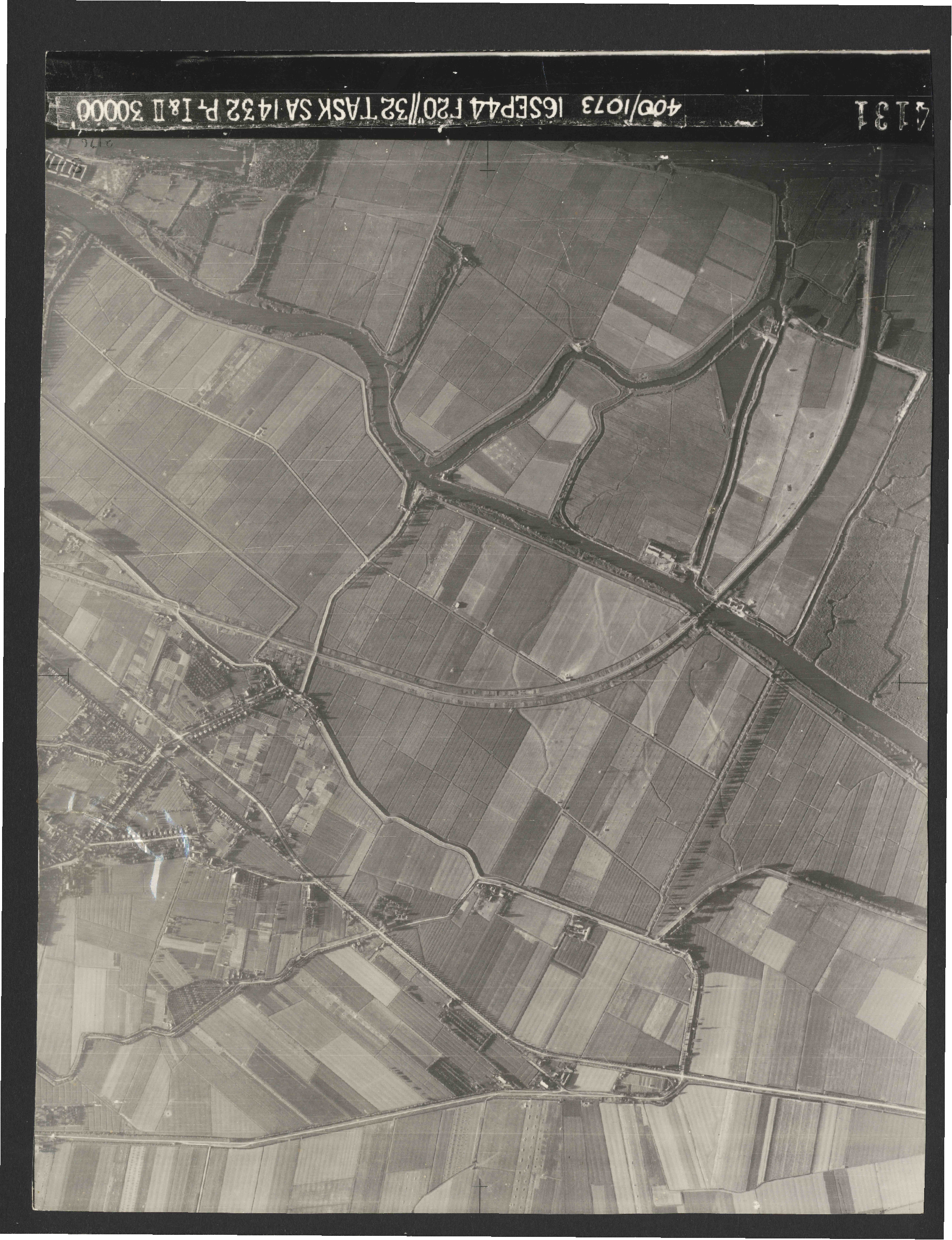 Collection RAF aerial photos 1940-1945 - flight 013, run 02, photo 4131