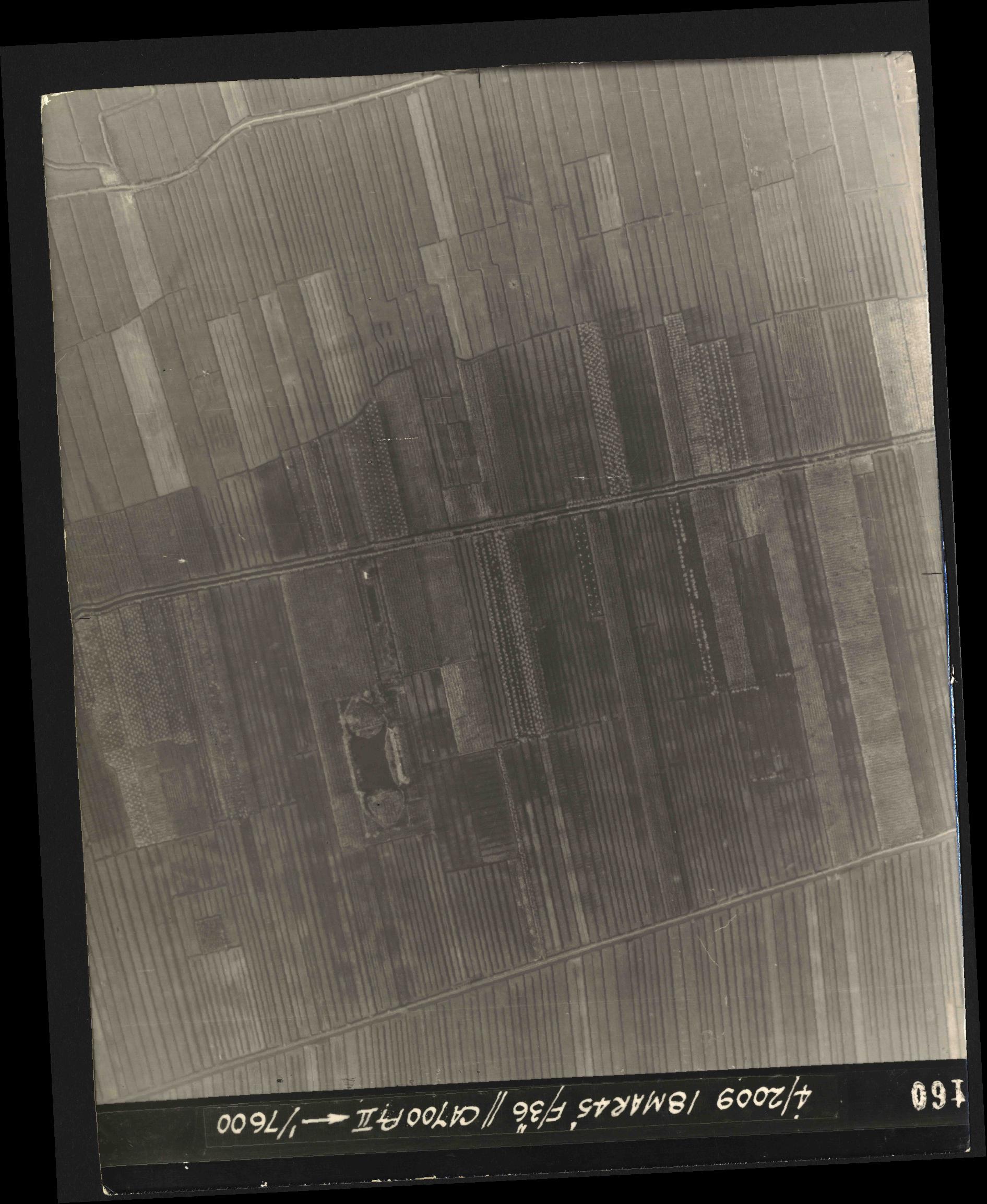 Collection RAF aerial photos 1940-1945 - flight 017, run 10, photo 4160