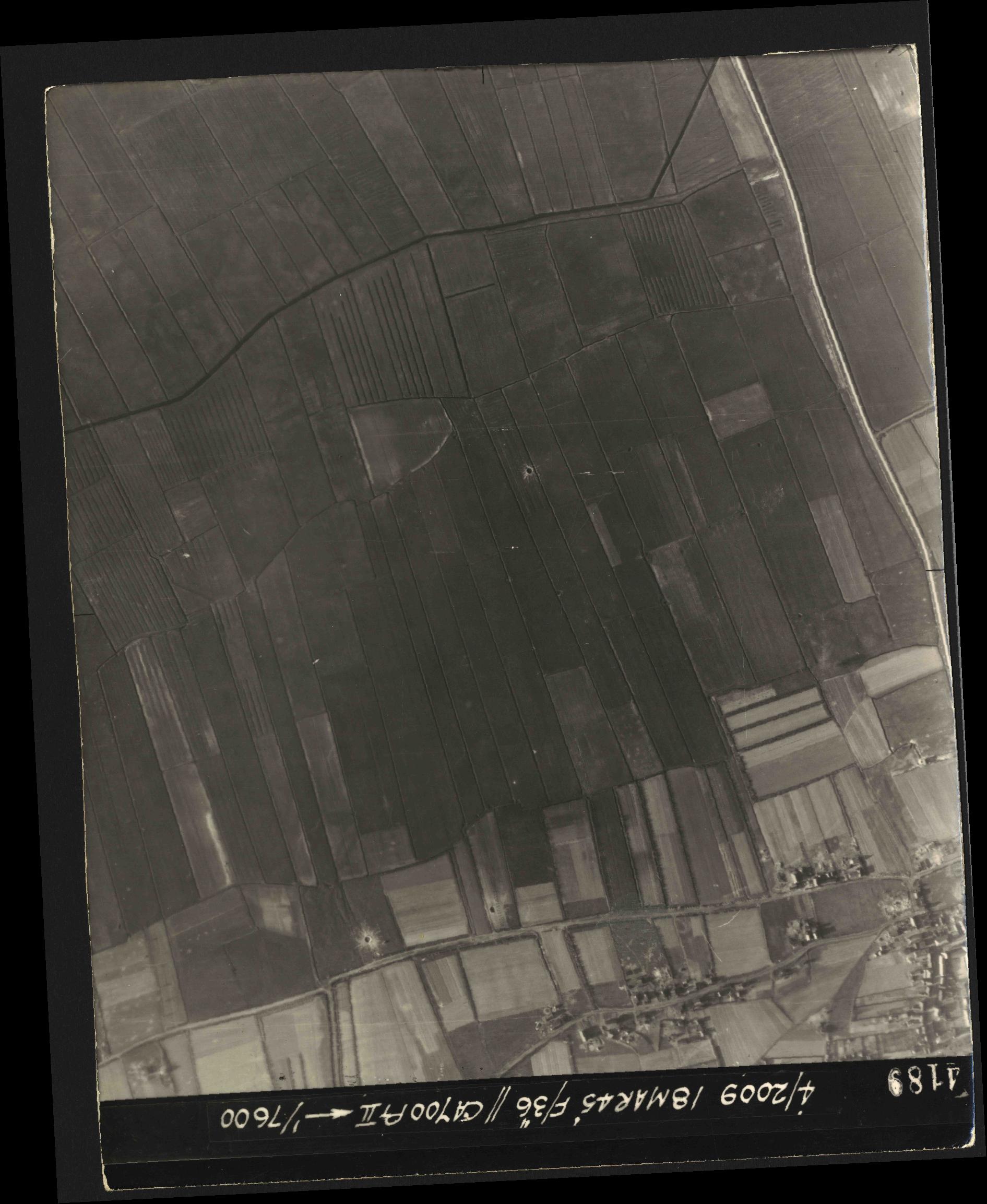 Collection RAF aerial photos 1940-1945 - flight 017, run 10, photo 4189