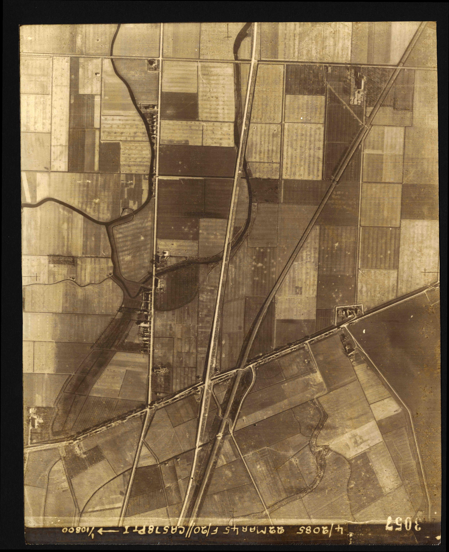 Collection RAF aerial photos 1940-1945 - flight 021, run 03, photo 3057