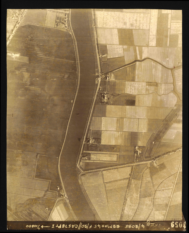Collection RAF aerial photos 1940-1945 - flight 021, run 03, photo 3059