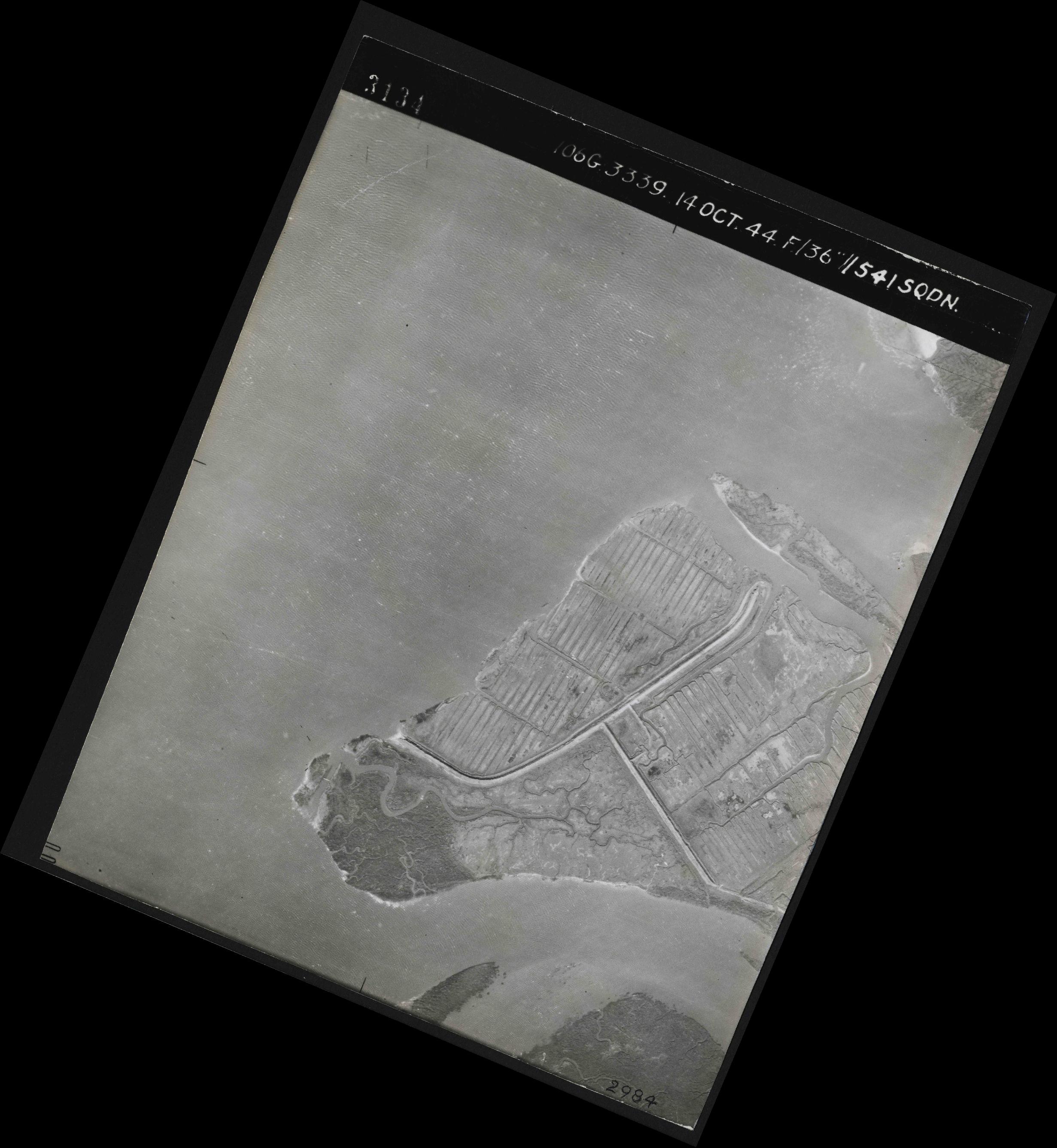 Collection RAF aerial photos 1940-1945 - flight 042, run 04, photo 3134