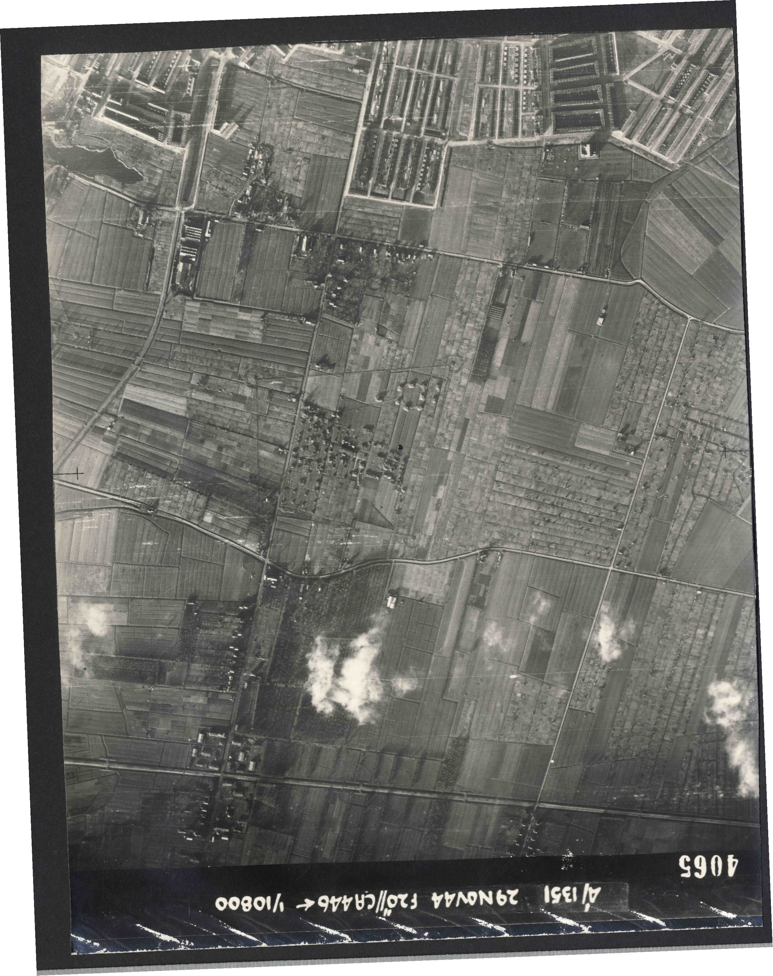 Collection RAF aerial photos 1940-1945 - flight 045, run 06, photo 4065
