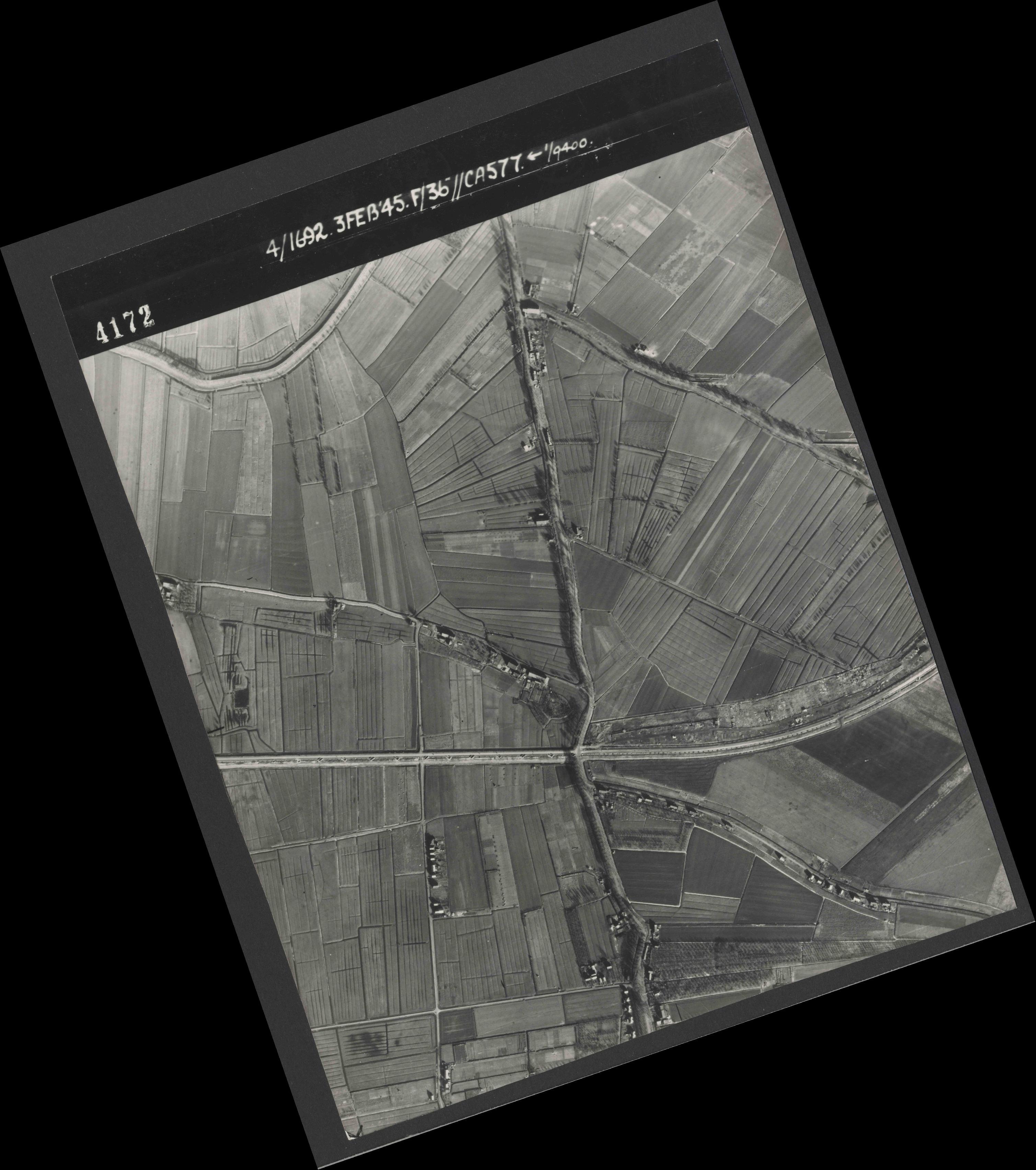 Collection RAF aerial photos 1940-1945 - flight 048, run 02, photo 4172