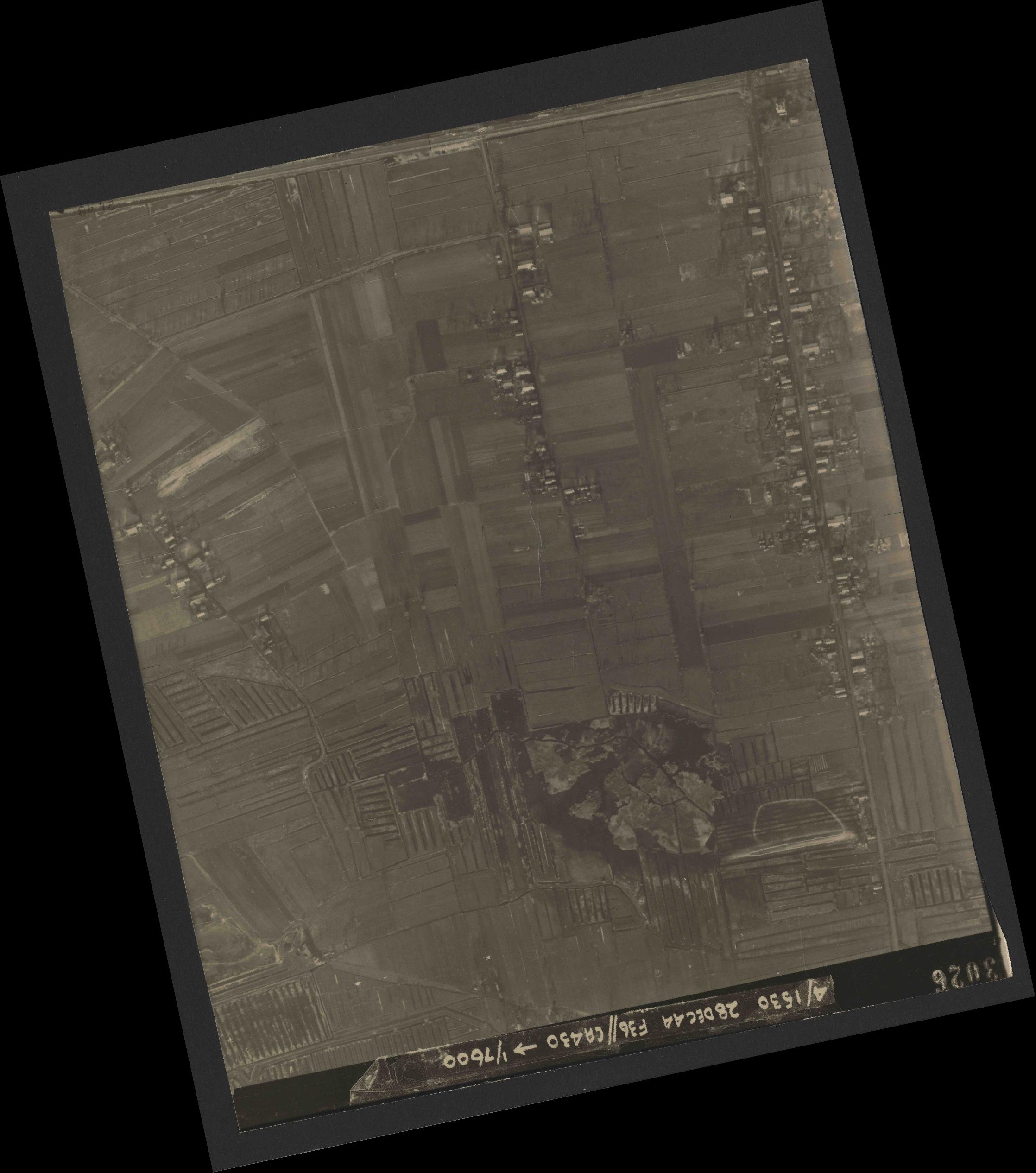 Collection RAF aerial photos 1940-1945 - flight 050, run 06, photo 3026