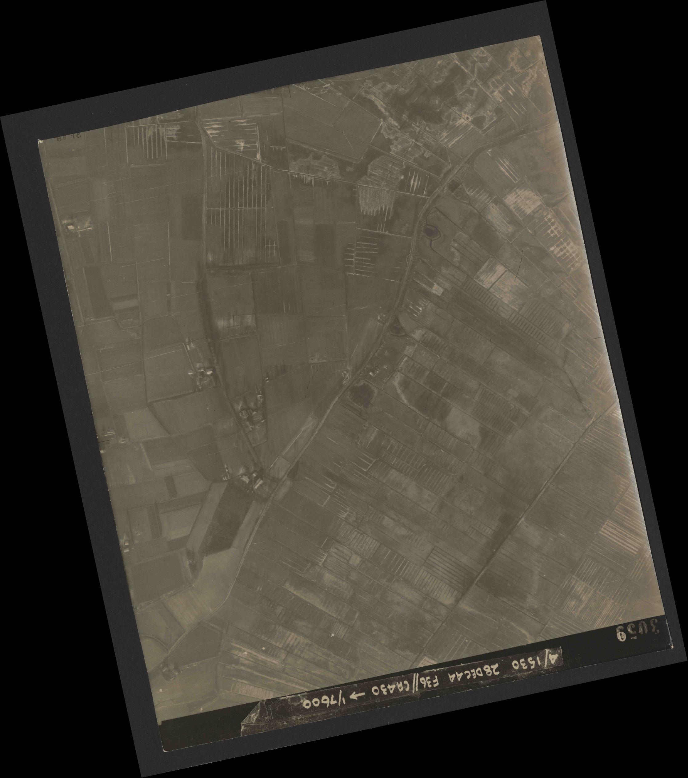 Collection RAF aerial photos 1940-1945 - flight 050, run 06, photo 3059