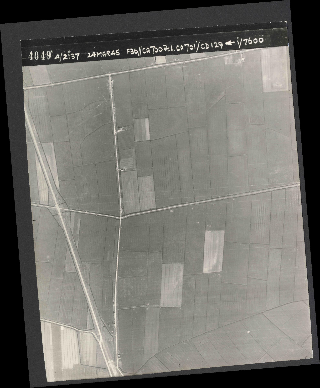 Collection RAF aerial photos 1940-1945 - flight 054, run 01, photo 4049