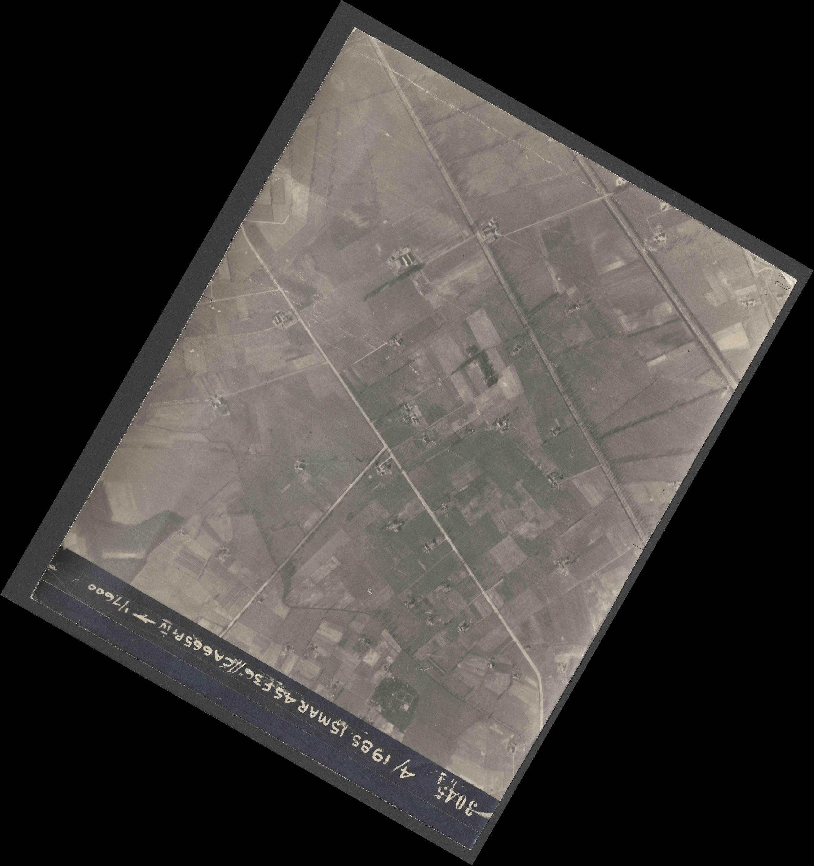 Collection RAF aerial photos 1940-1945 - flight 059, run 05, photo 3045