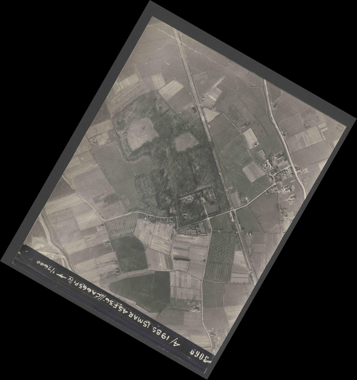 Collection RAF aerial photos 1940-1945 - flight 059, run 05, photo 3069