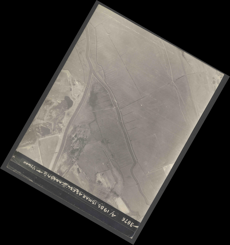Collection RAF aerial photos 1940-1945 - flight 059, run 05, photo 3076