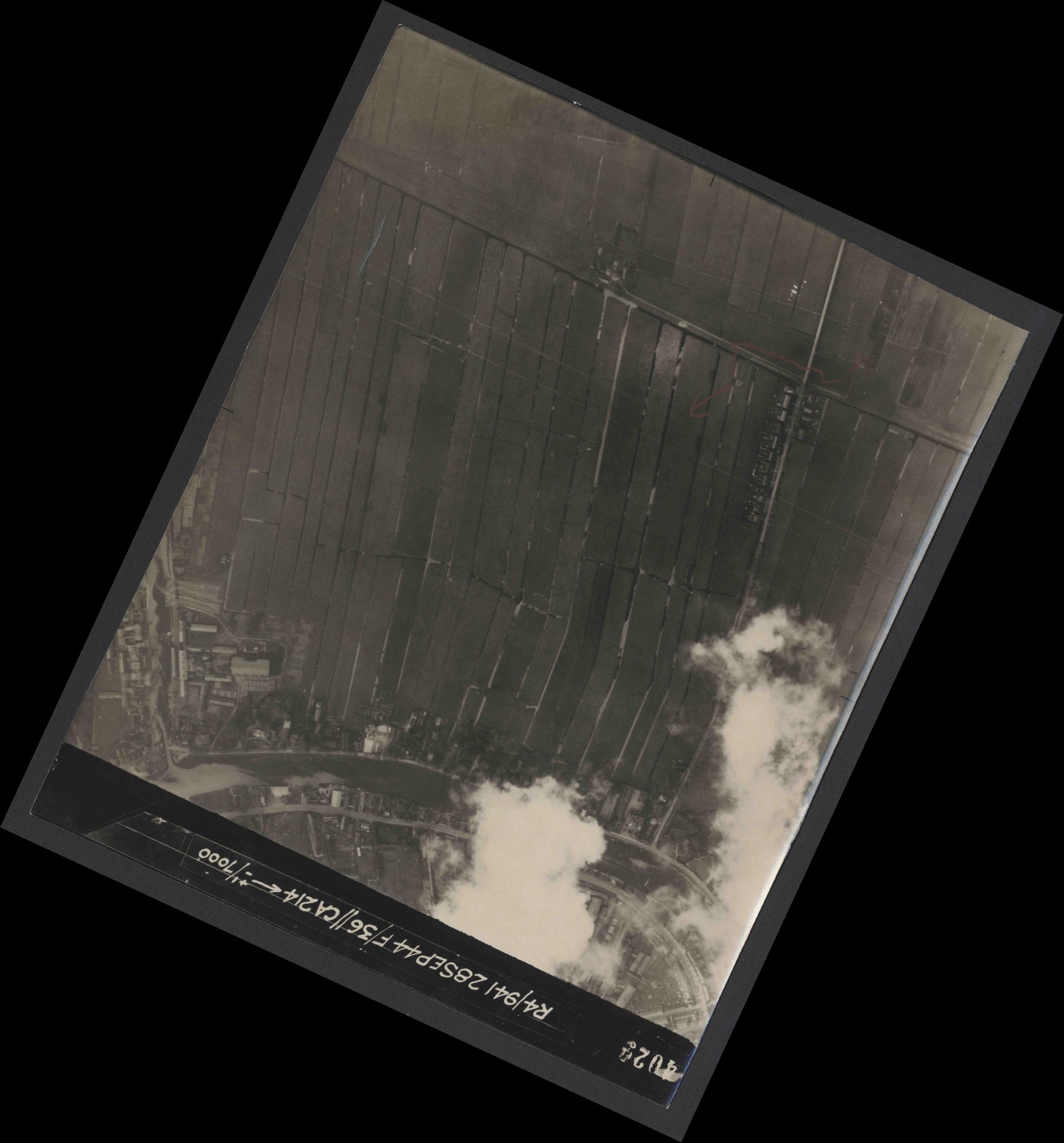 Collection RAF aerial photos 1940-1945 - flight 067, run 06, photo 4029
