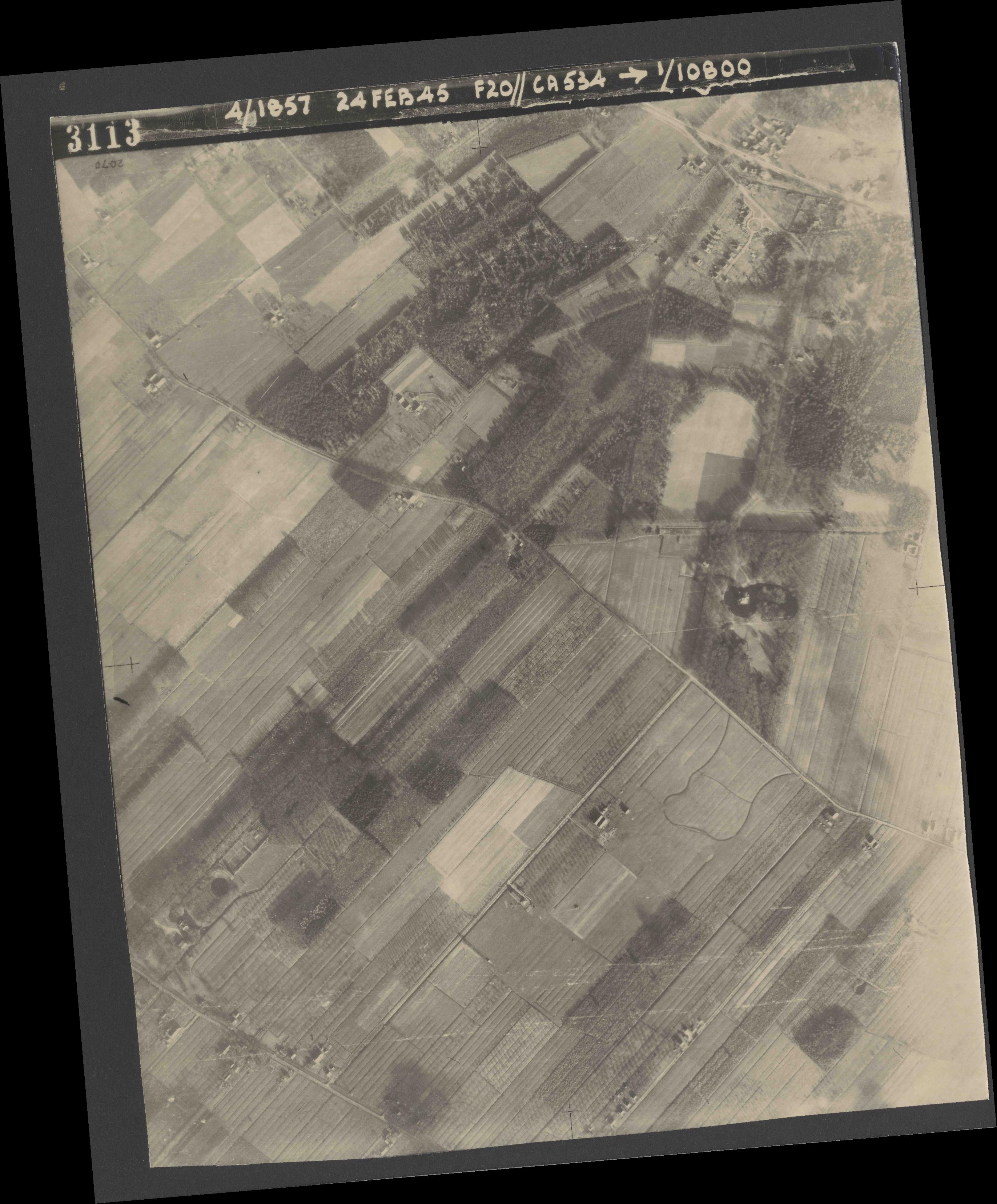 Collection RAF aerial photos 1940-1945 - flight 073, run 02, photo 3113