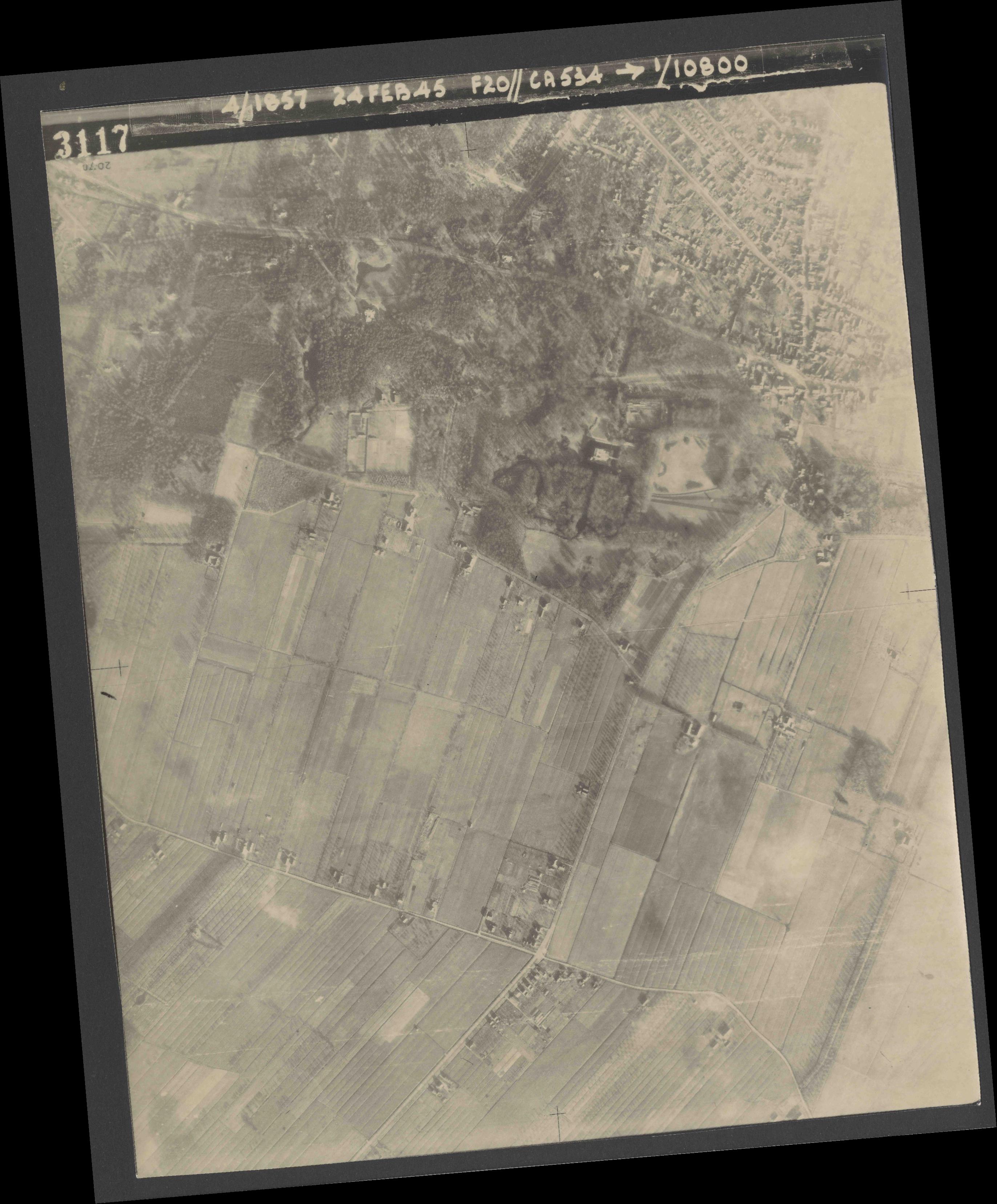 Collection RAF aerial photos 1940-1945 - flight 073, run 02, photo 3117