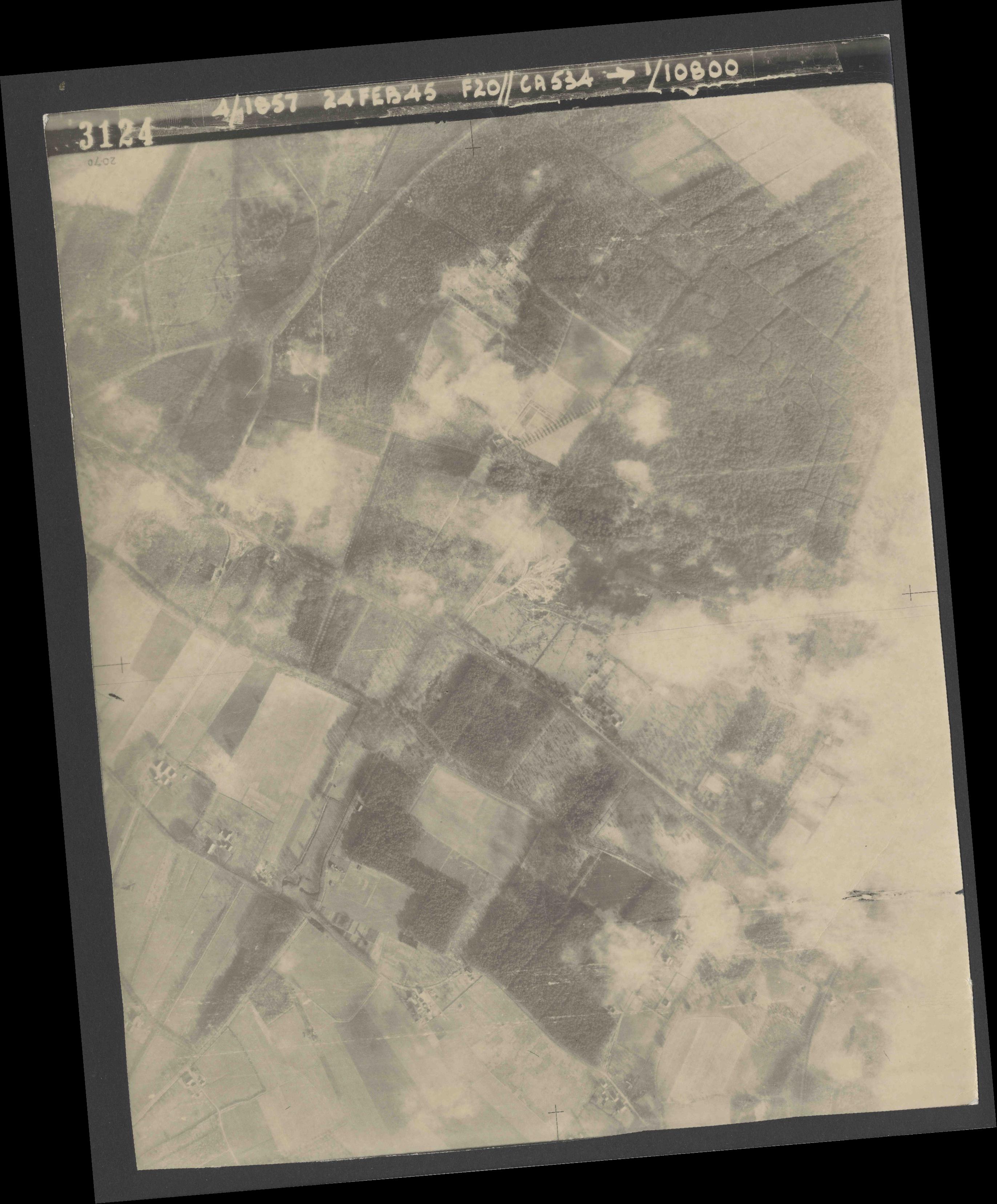 Collection RAF aerial photos 1940-1945 - flight 073, run 02, photo 3124