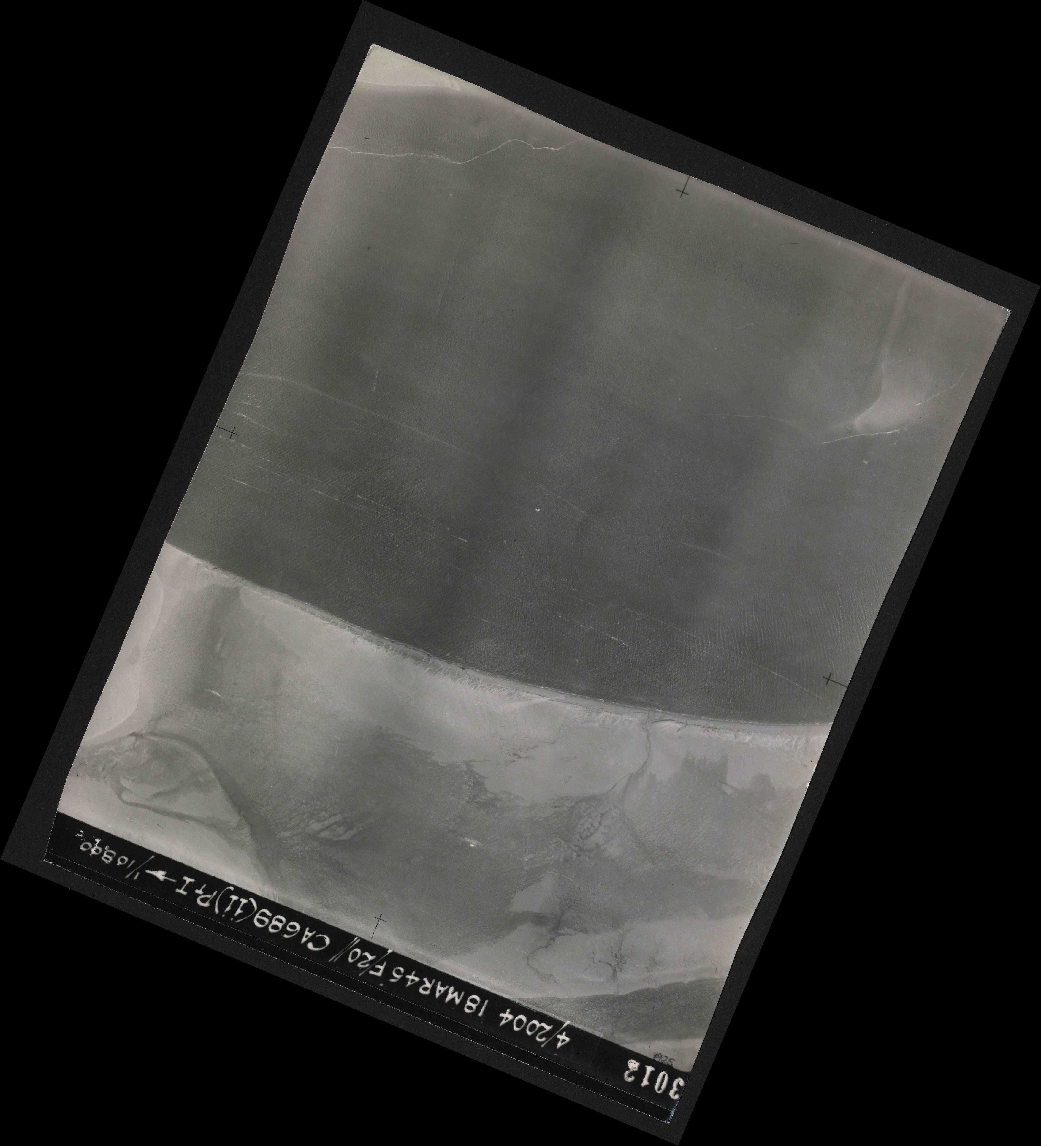 Collection RAF aerial photos 1940-1945 - flight 076, run 12, photo 3012