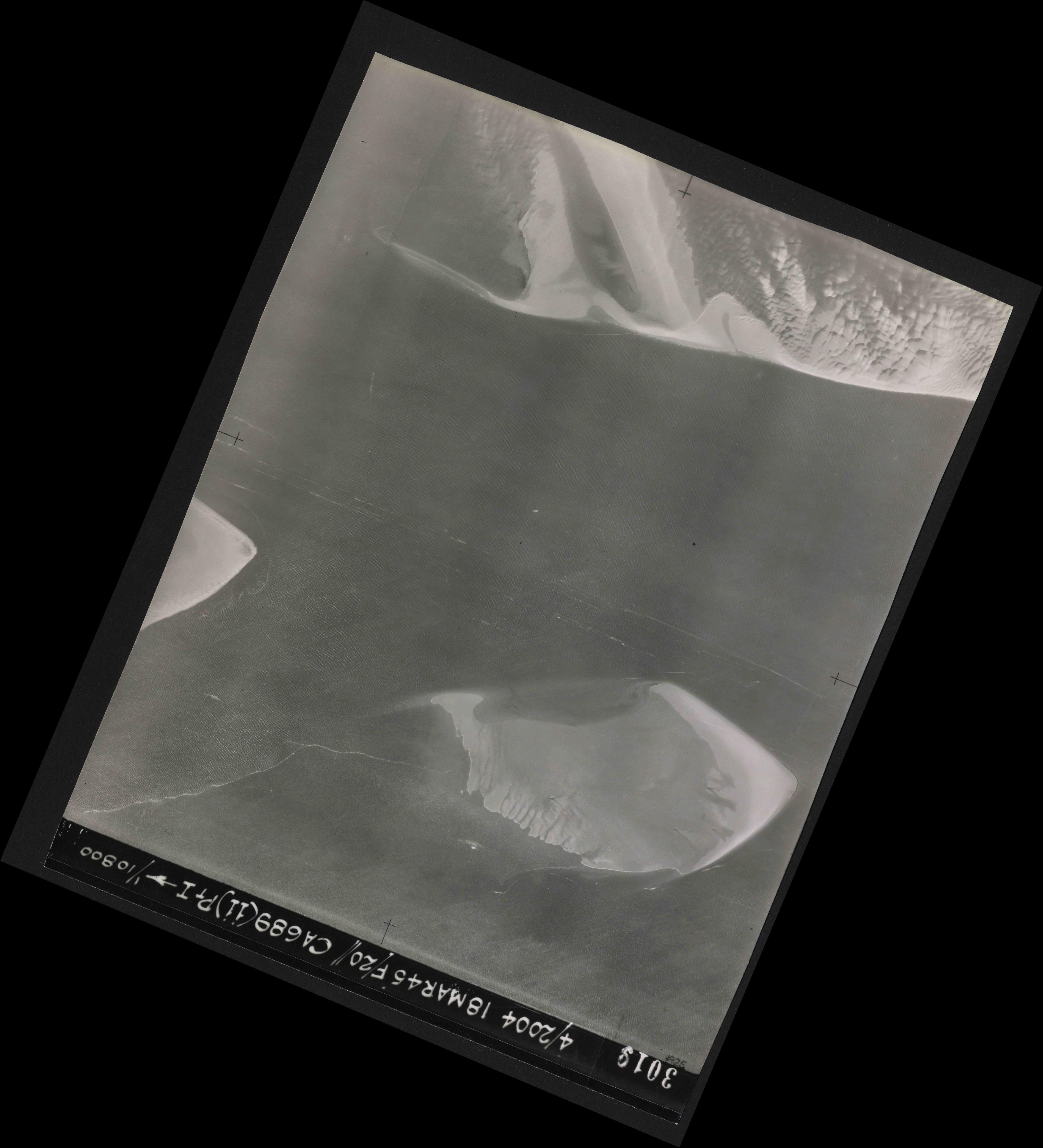 Collection RAF aerial photos 1940-1945 - flight 076, run 12, photo 3019