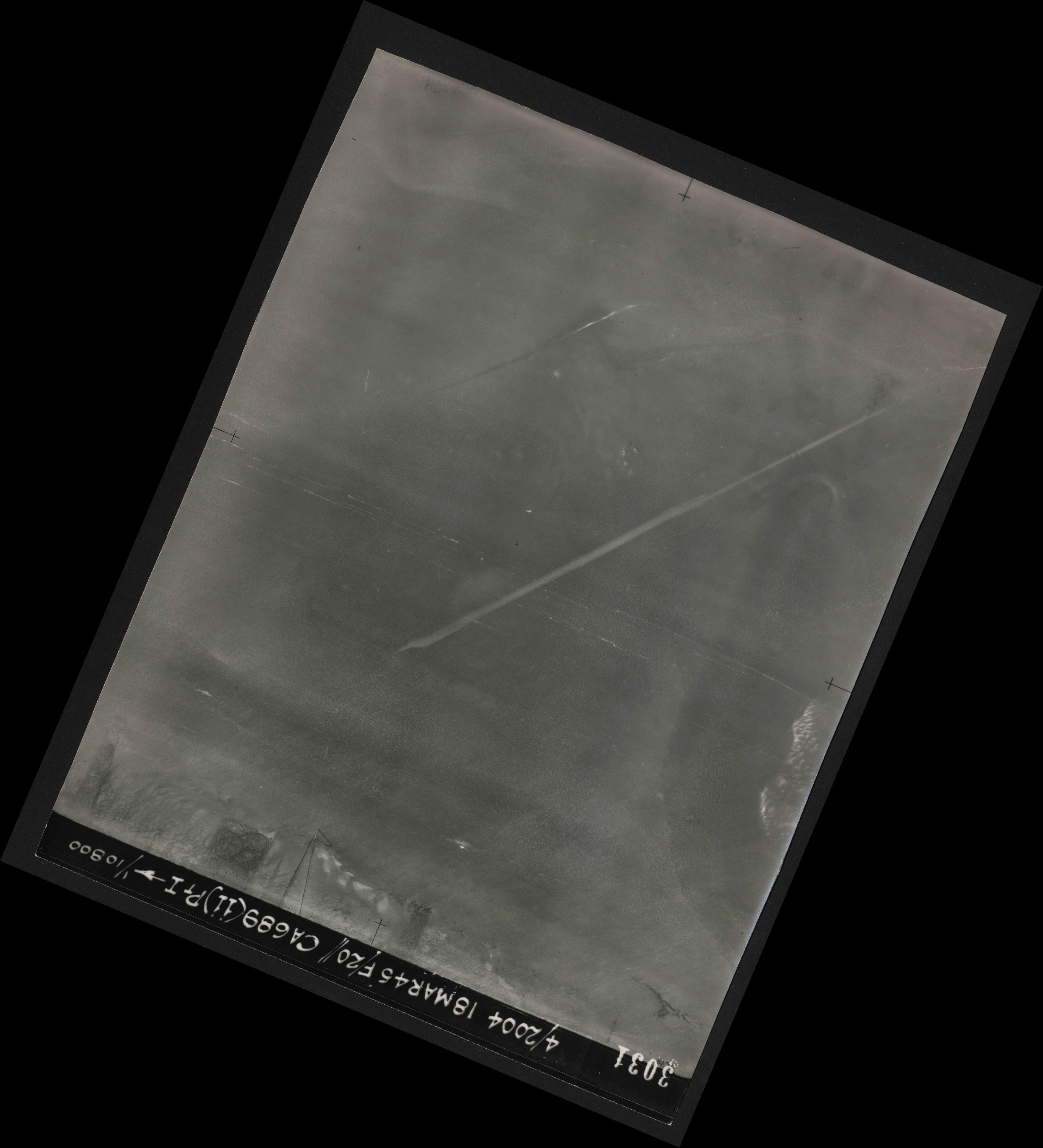 Collection RAF aerial photos 1940-1945 - flight 076, run 12, photo 3031