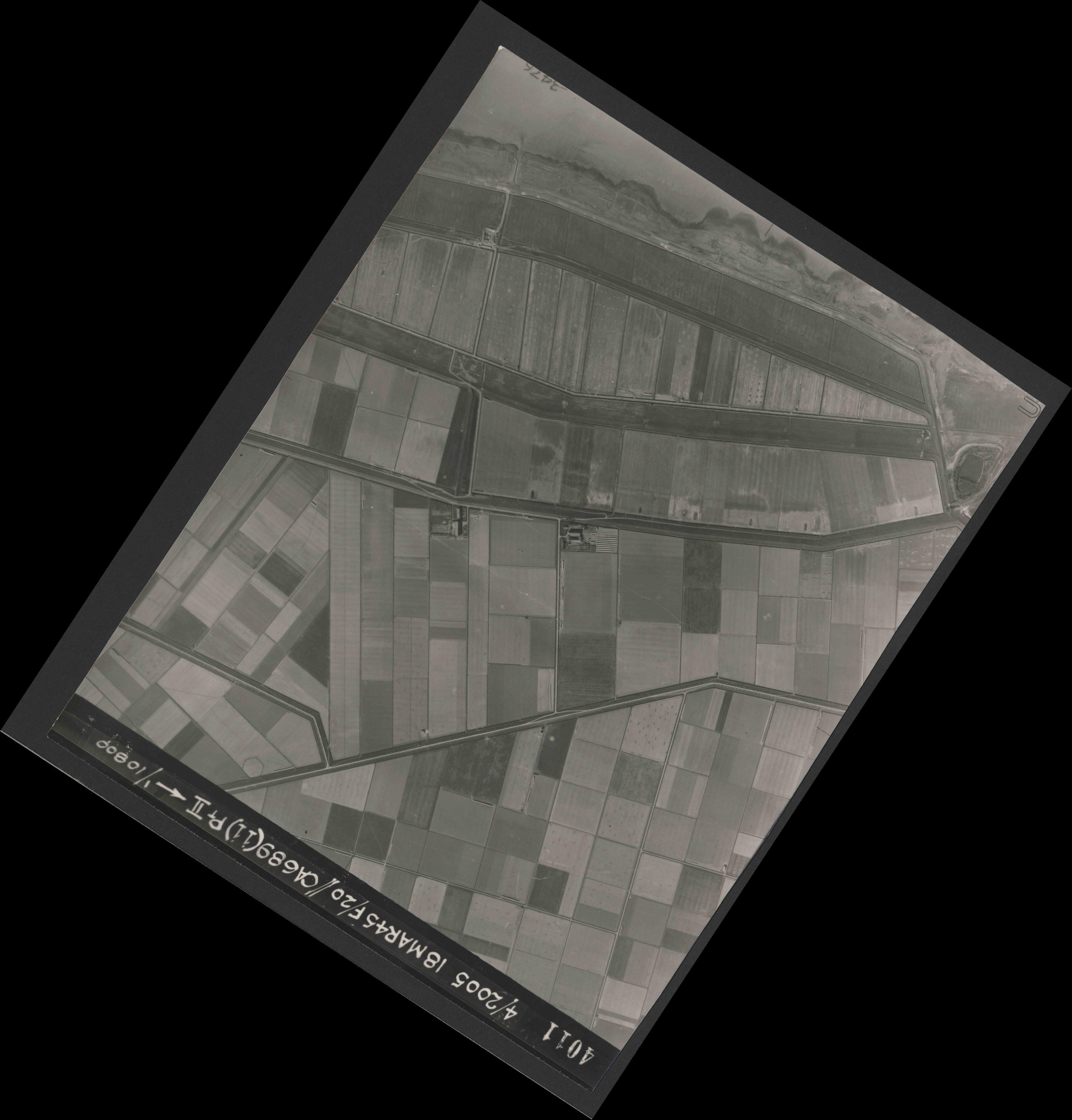 Collection RAF aerial photos 1940-1945 - flight 080, run 05, photo 4011
