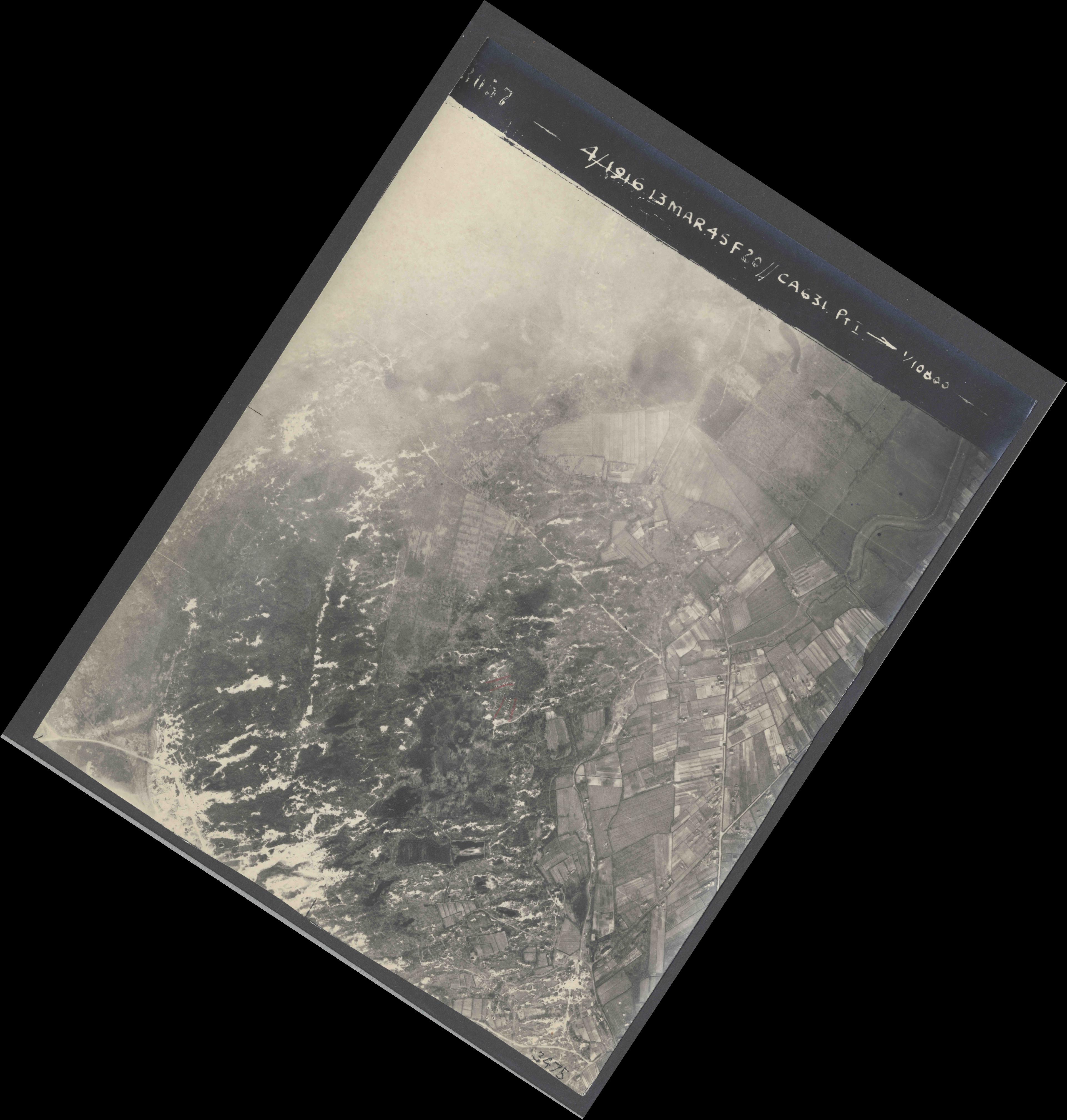 Collection RAF aerial photos 1940-1945 - flight 085, run 01, photo 3057