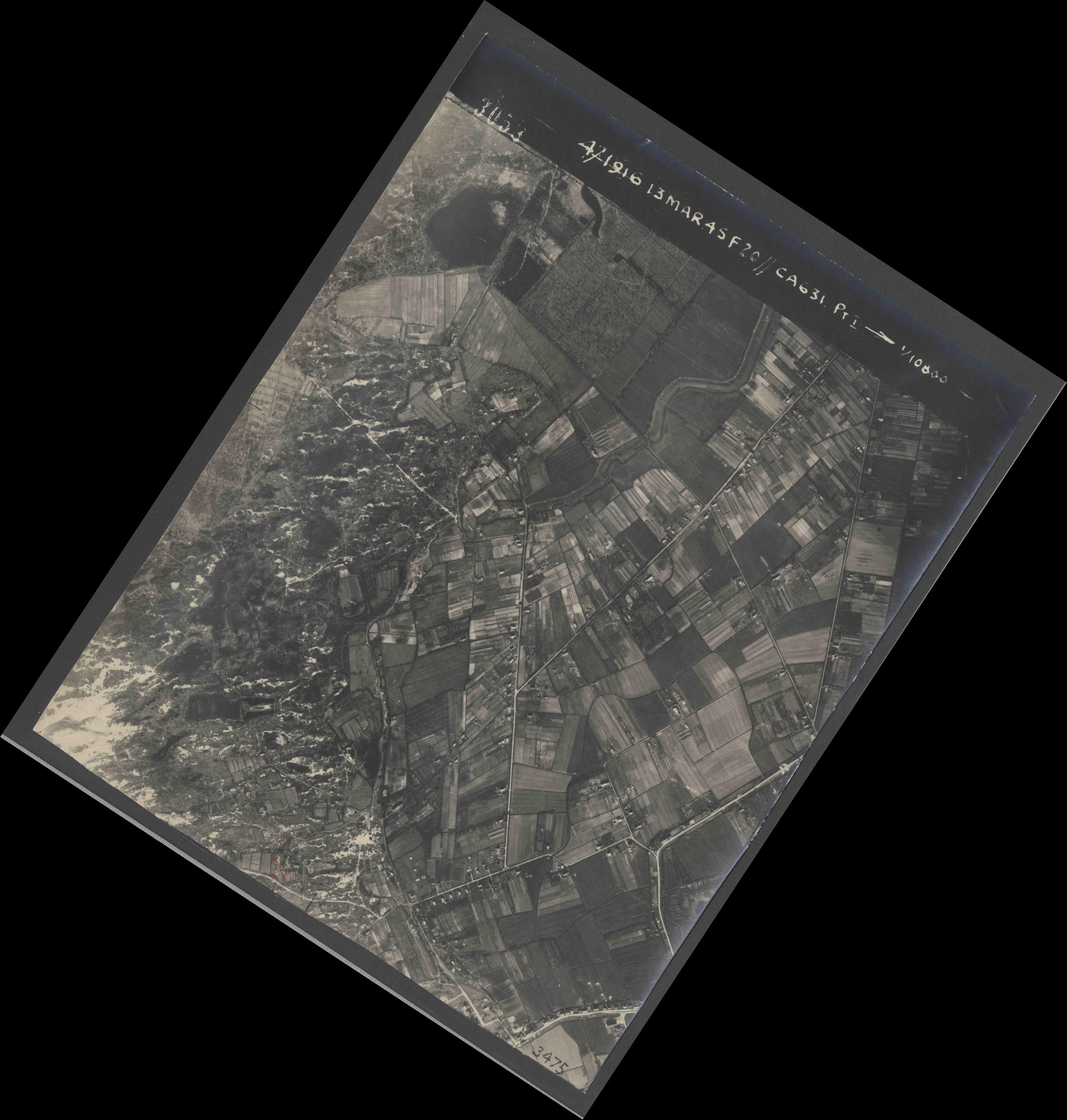 Collection RAF aerial photos 1940-1945 - flight 085, run 01, photo 3058
