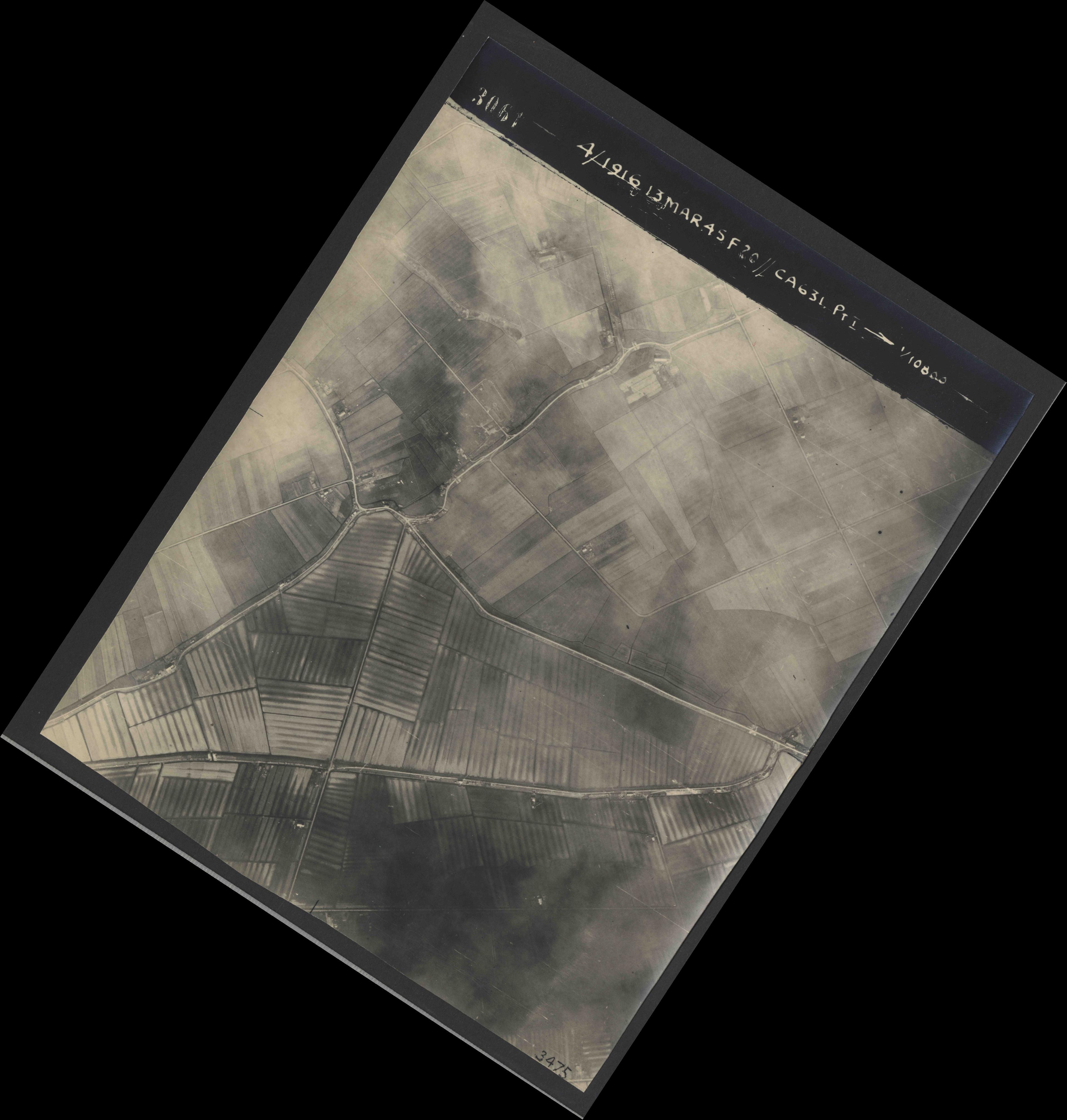 Collection RAF aerial photos 1940-1945 - flight 085, run 01, photo 3061