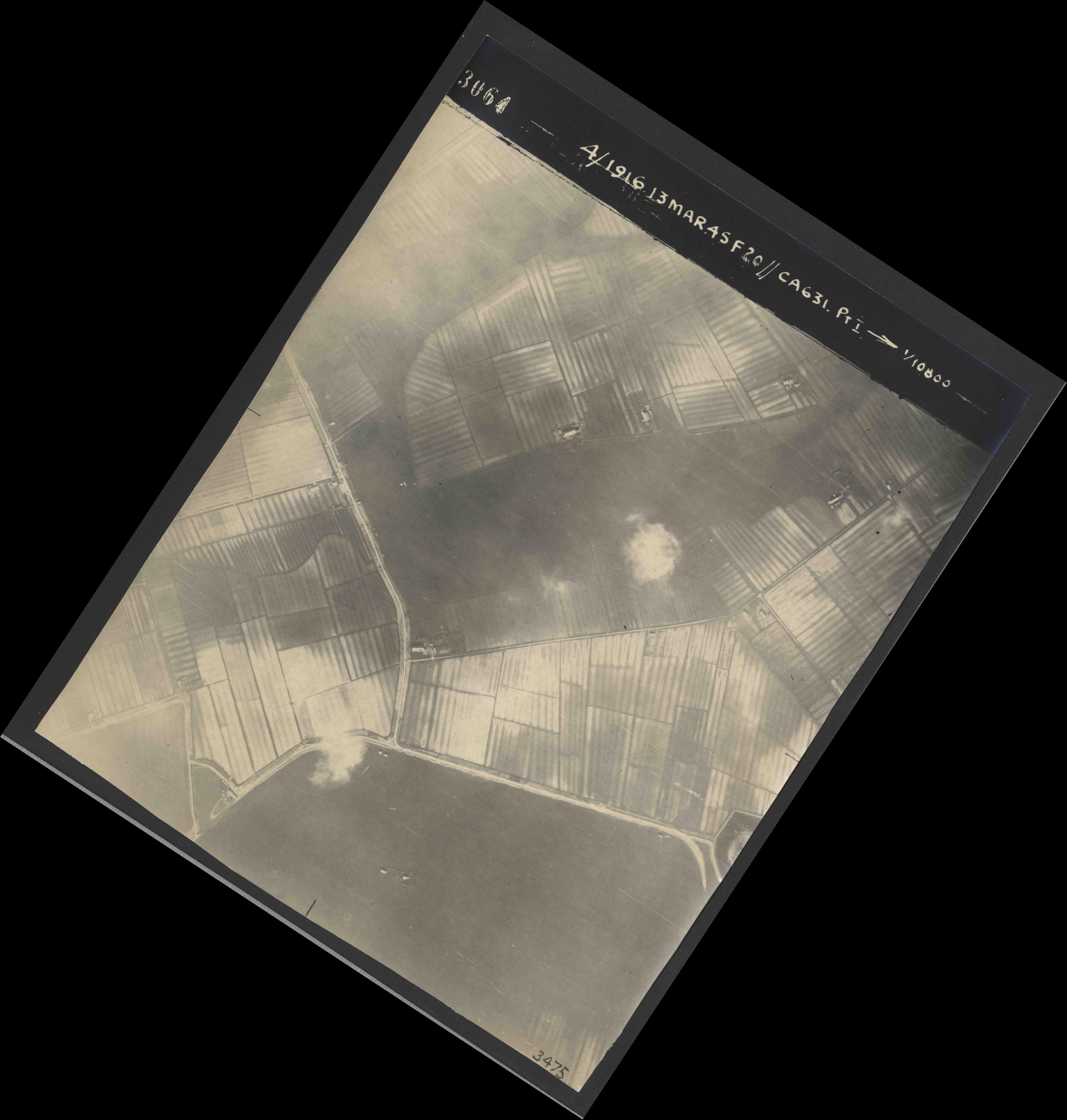 Collection RAF aerial photos 1940-1945 - flight 085, run 01, photo 3064