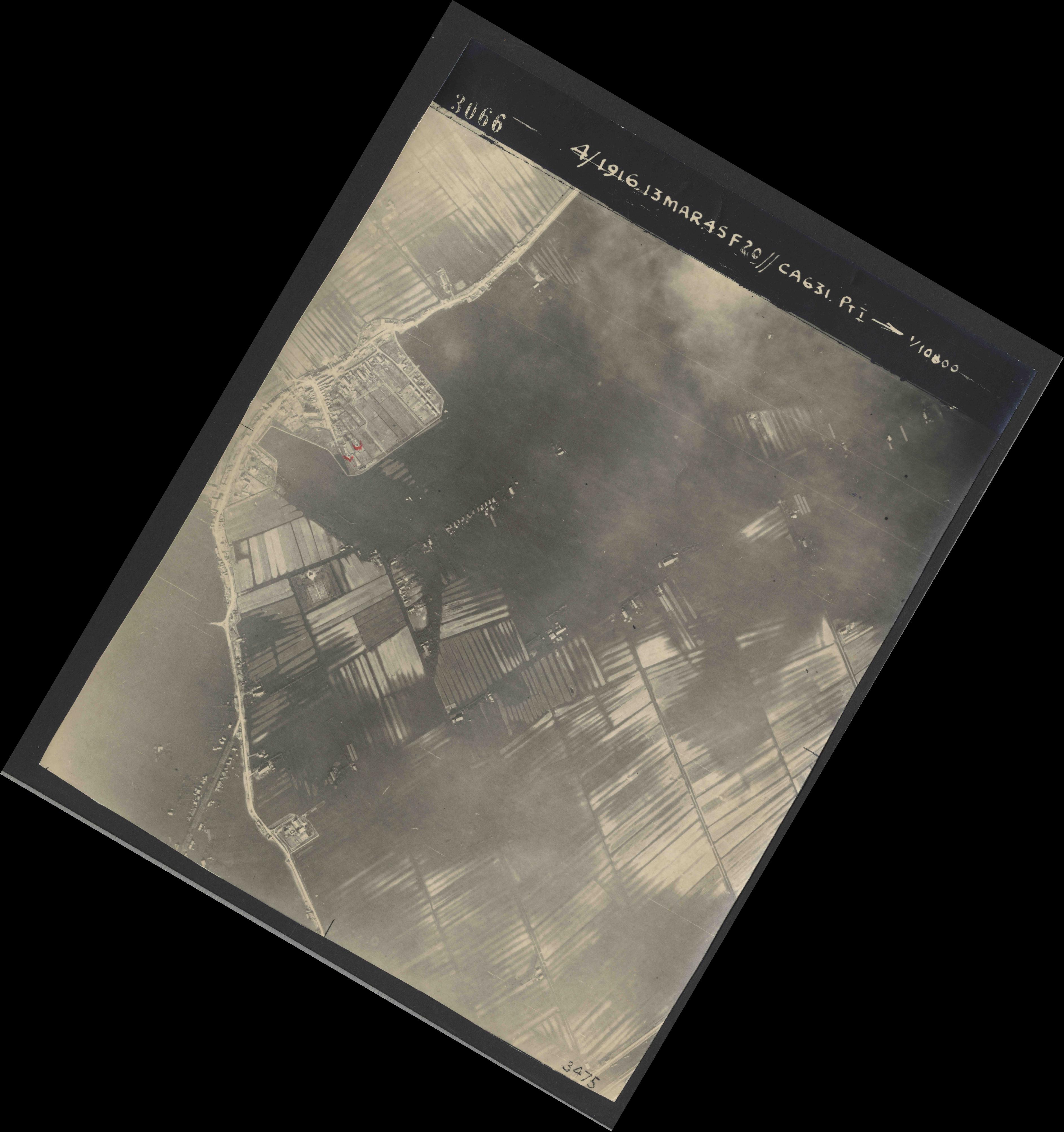 Collection RAF aerial photos 1940-1945 - flight 085, run 01, photo 3066