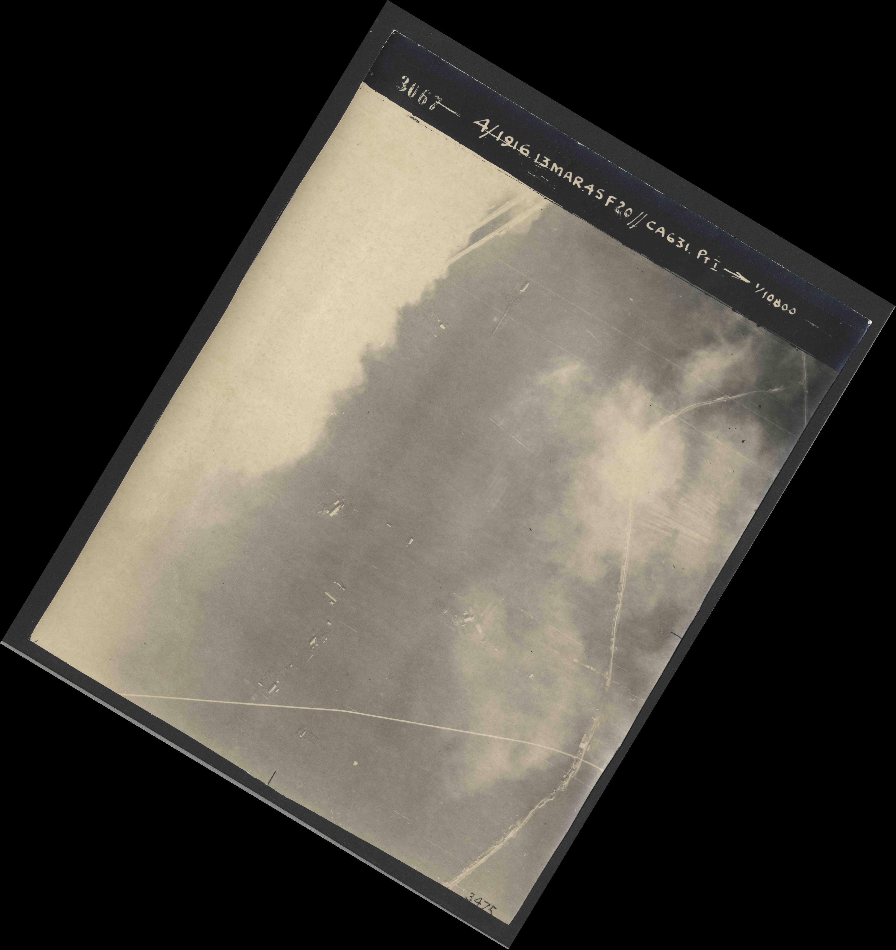Collection RAF aerial photos 1940-1945 - flight 085, run 01, photo 3067