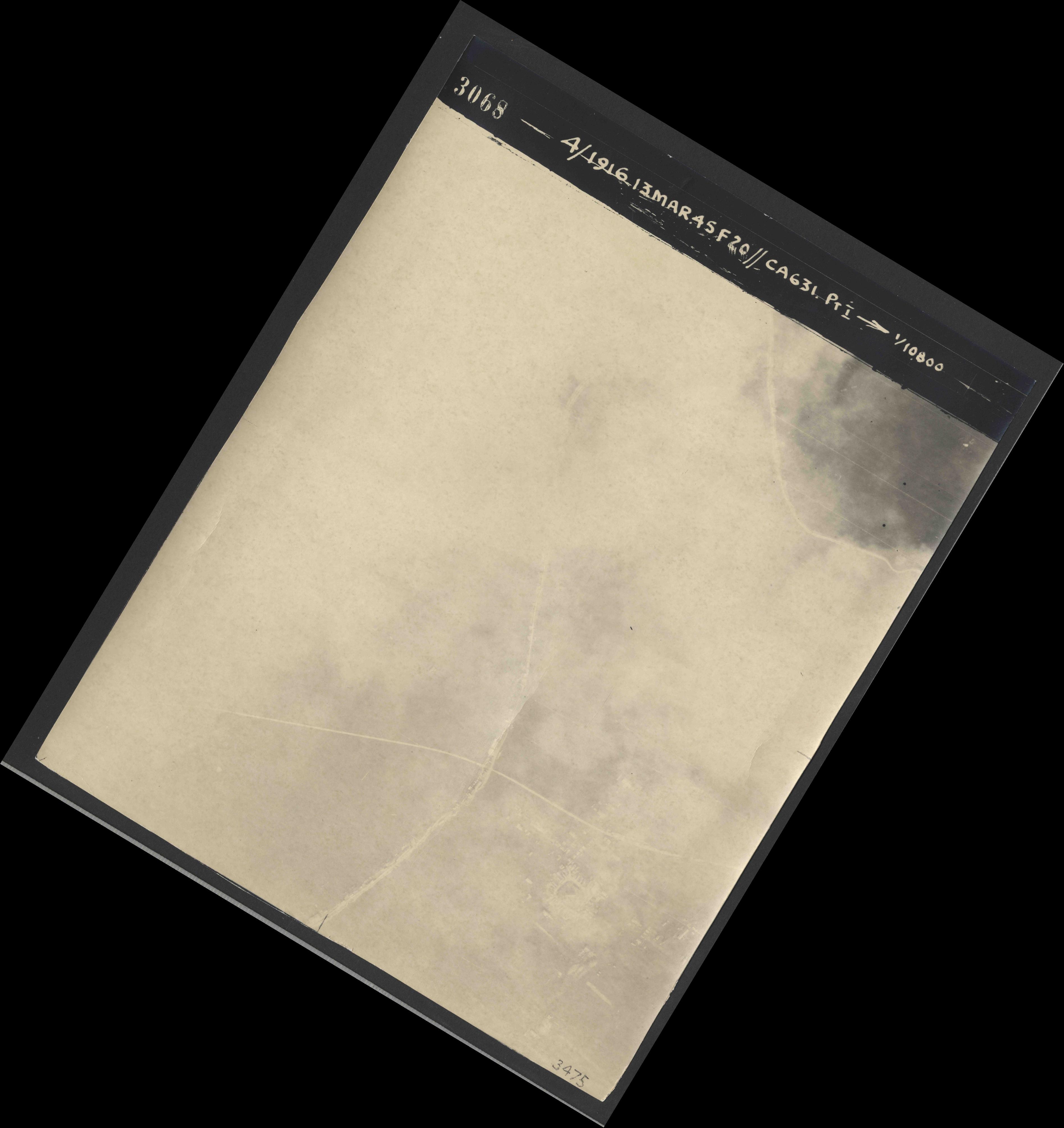 Collection RAF aerial photos 1940-1945 - flight 085, run 01, photo 3068