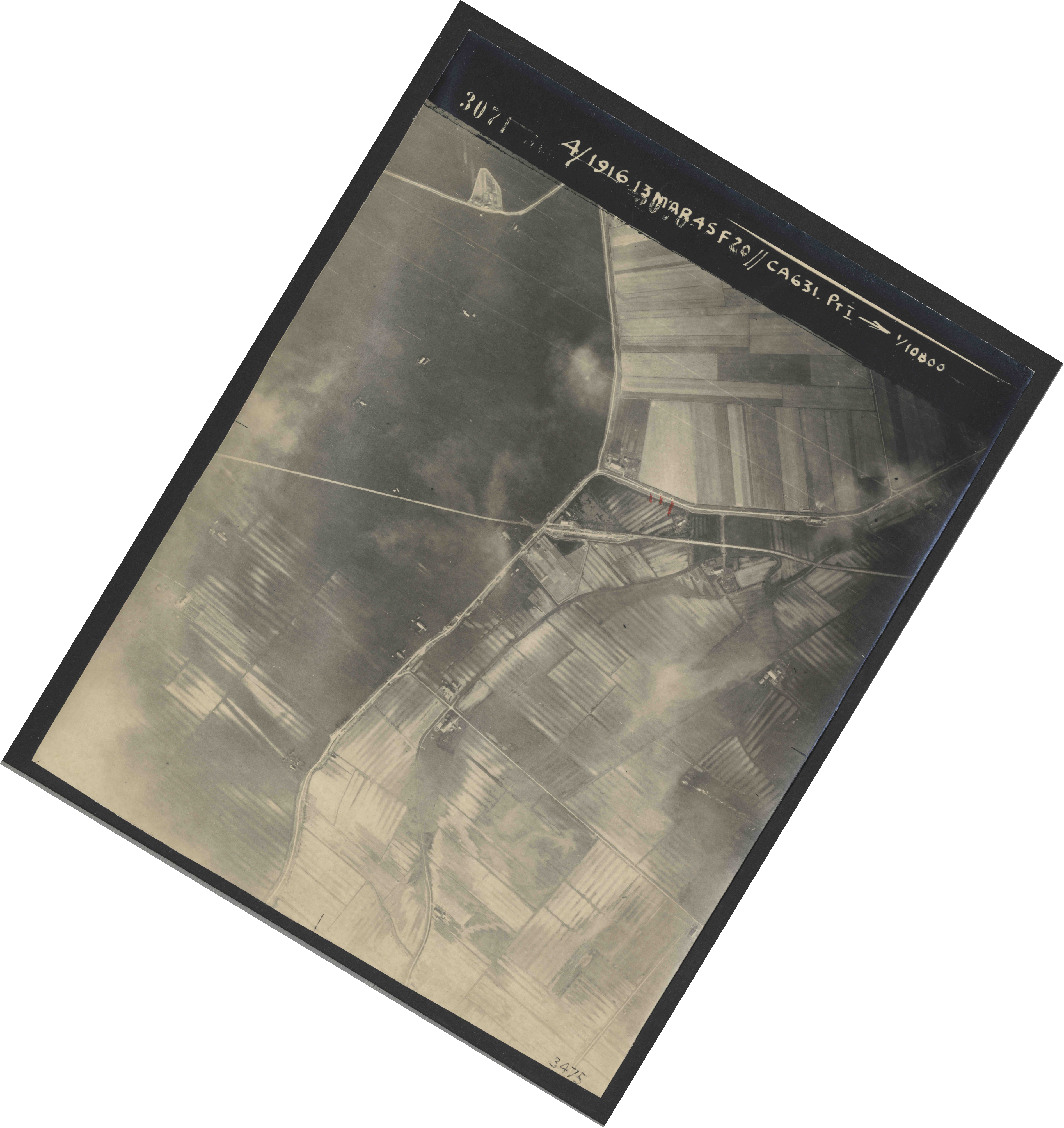 Collection RAF aerial photos 1940-1945 - flight 085, run 01, photo 3071