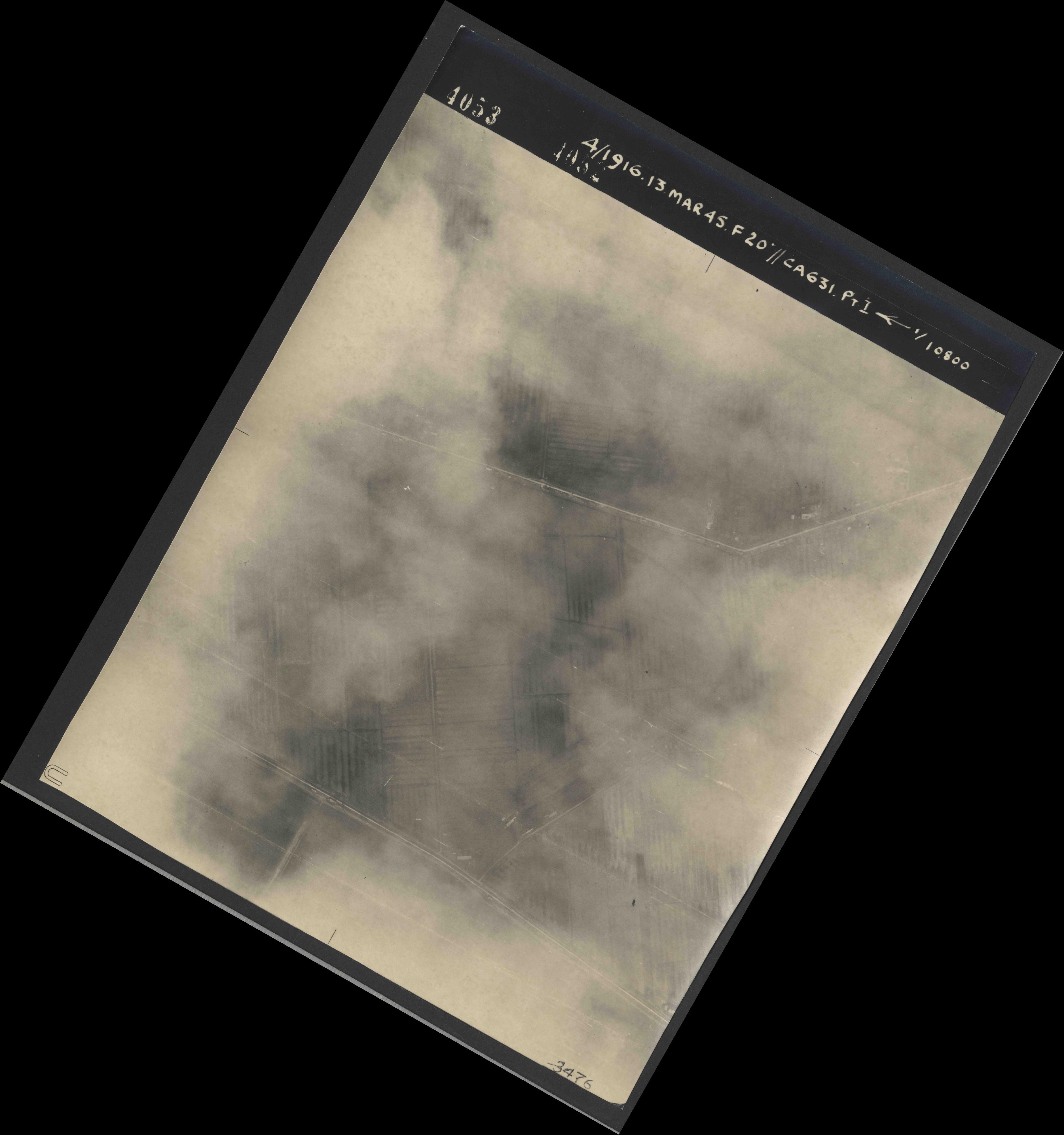 Collection RAF aerial photos 1940-1945 - flight 085, run 02, photo 4053