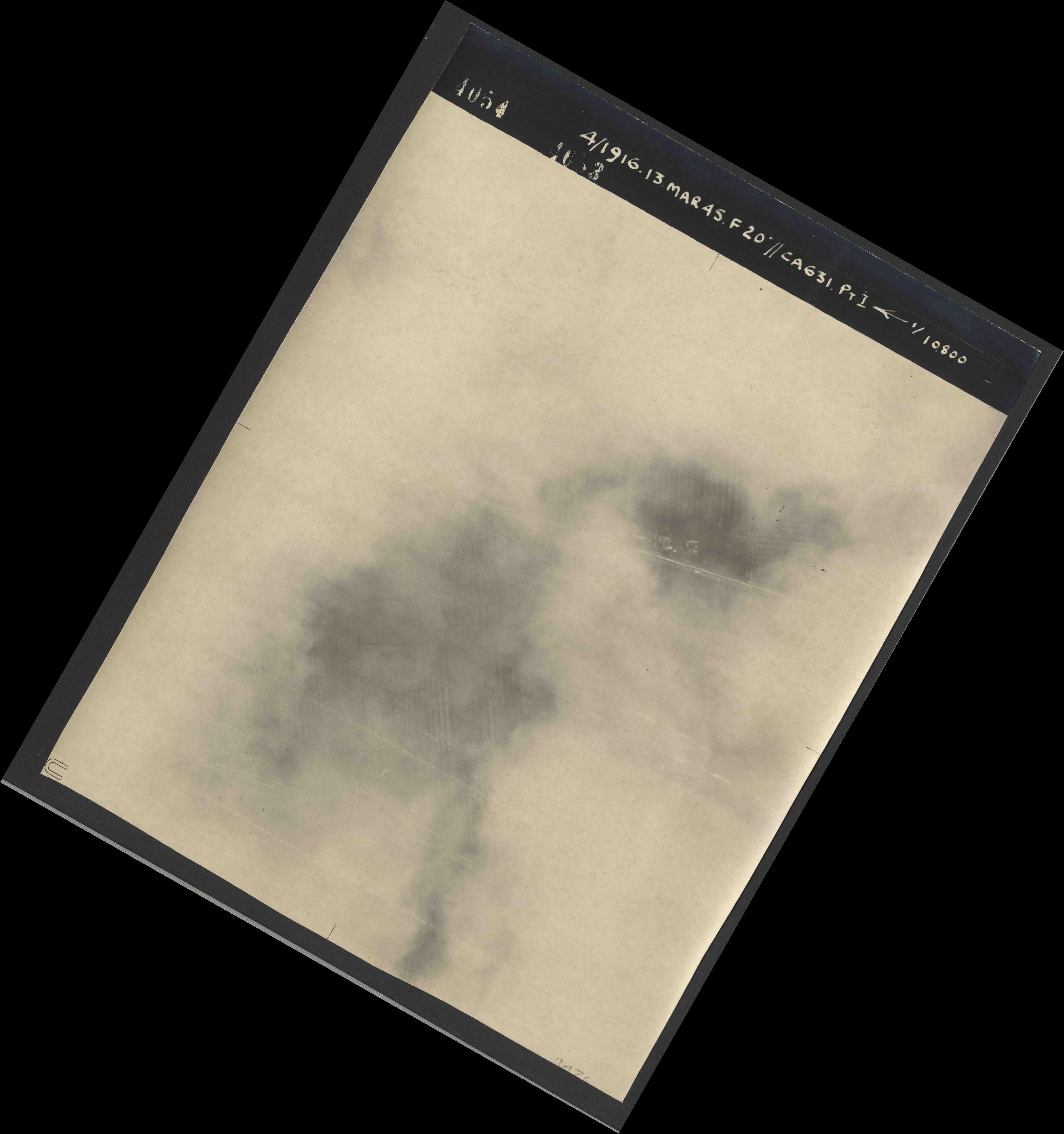 Collection RAF aerial photos 1940-1945 - flight 085, run 02, photo 4054