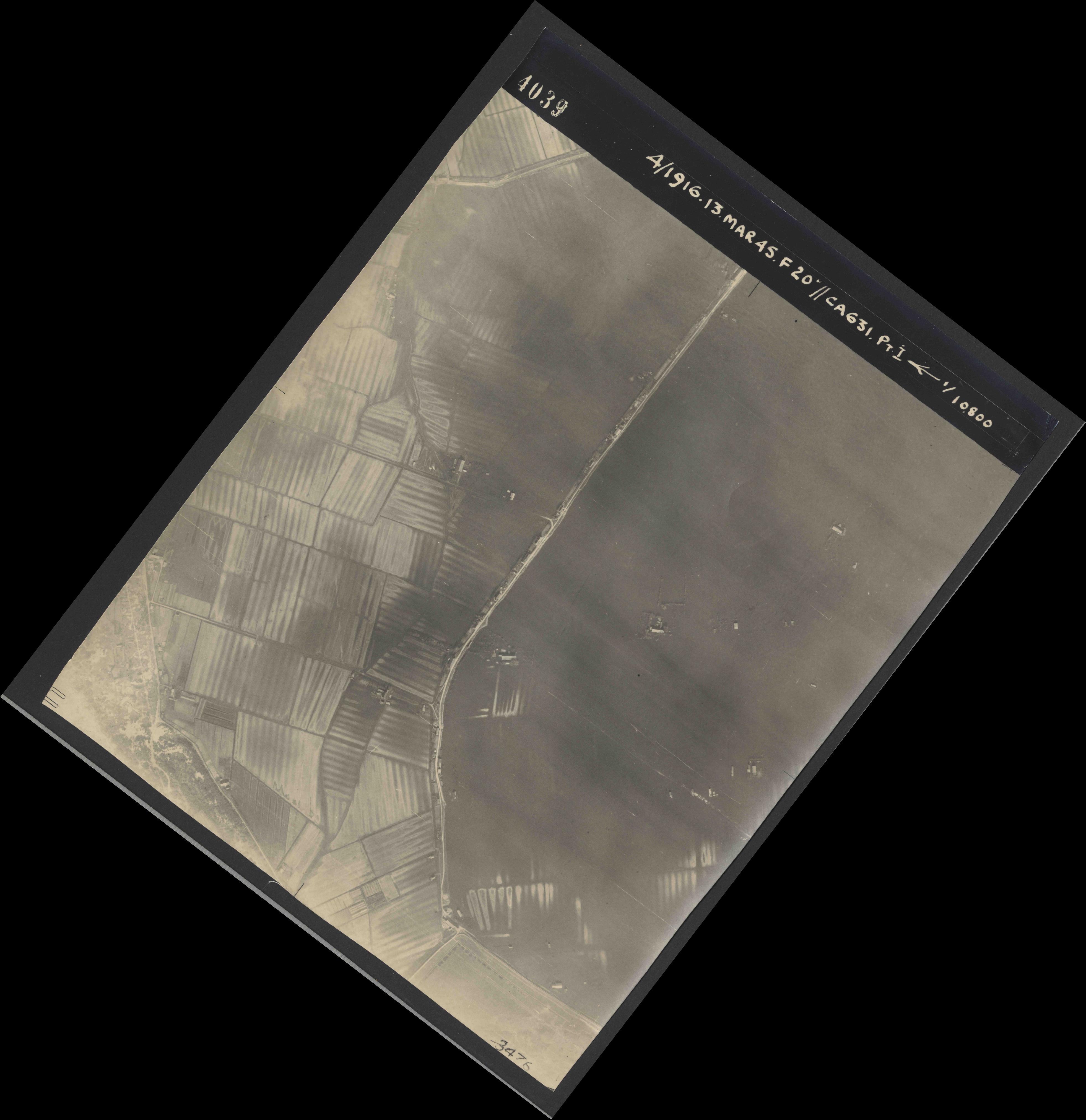 Collection RAF aerial photos 1940-1945 - flight 085, run 03, photo 4039