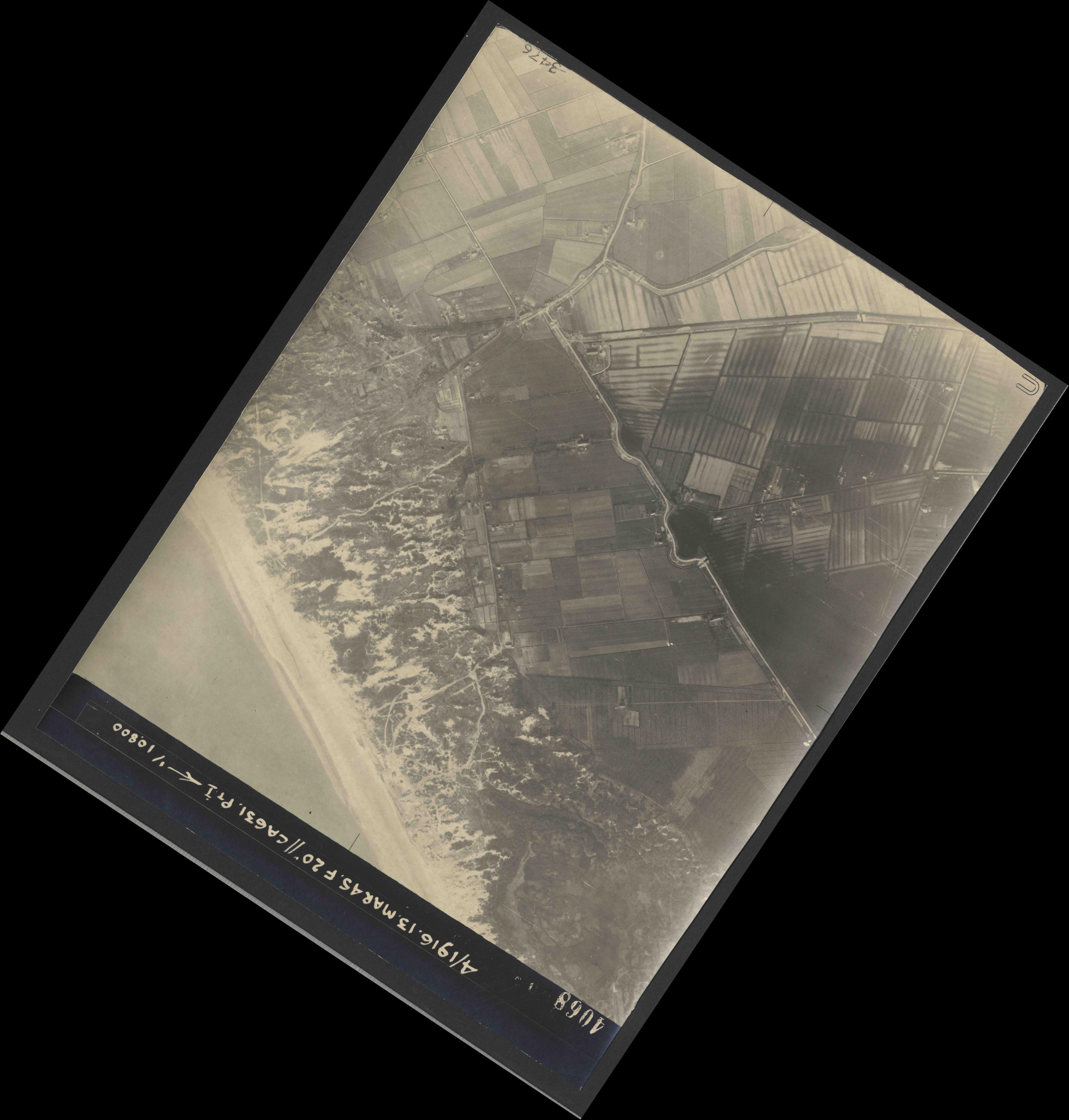 Collection RAF aerial photos 1940-1945 - flight 085, run 04, photo 4068