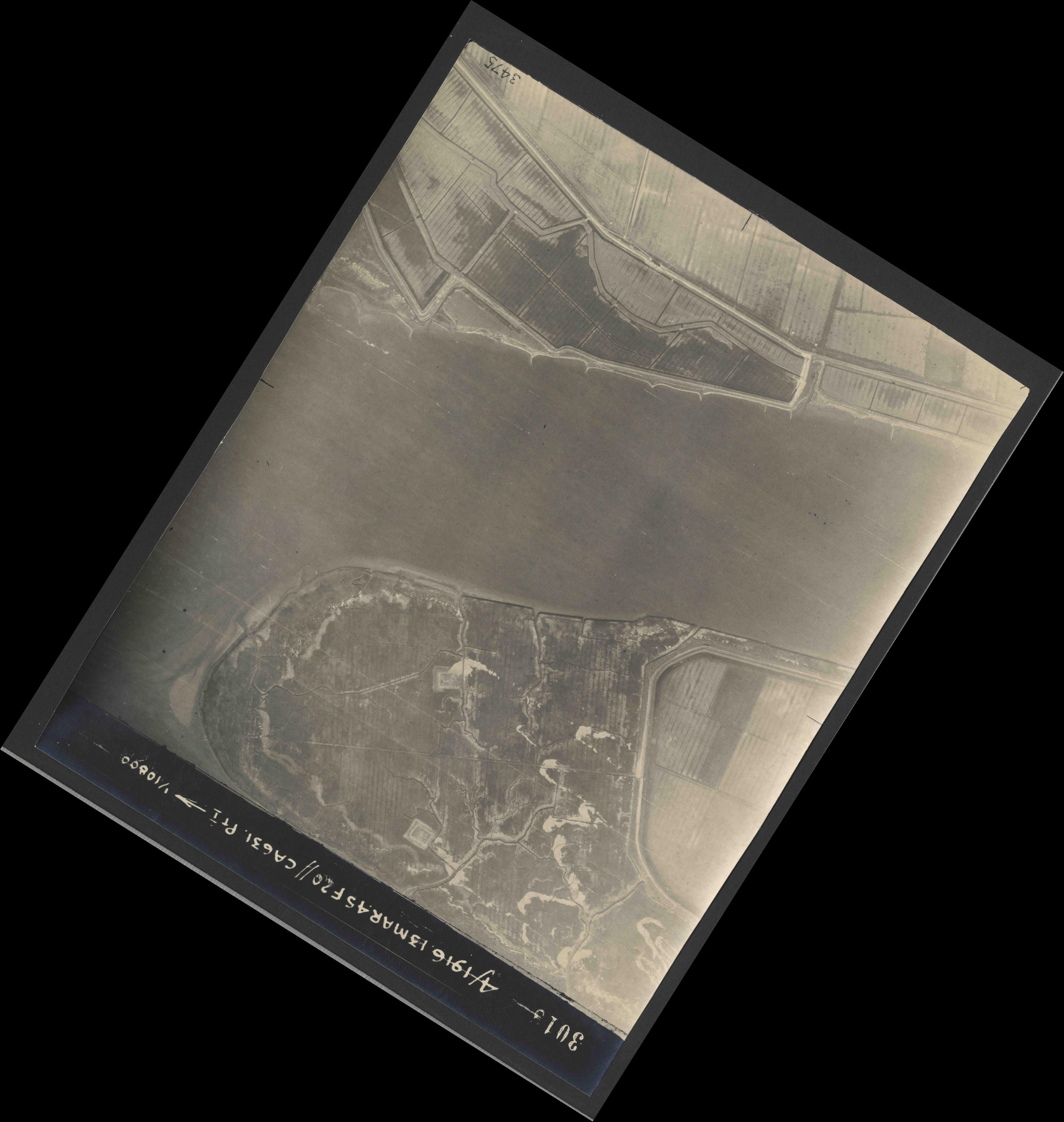 Collection RAF aerial photos 1940-1945 - flight 085, run 06, photo 3018