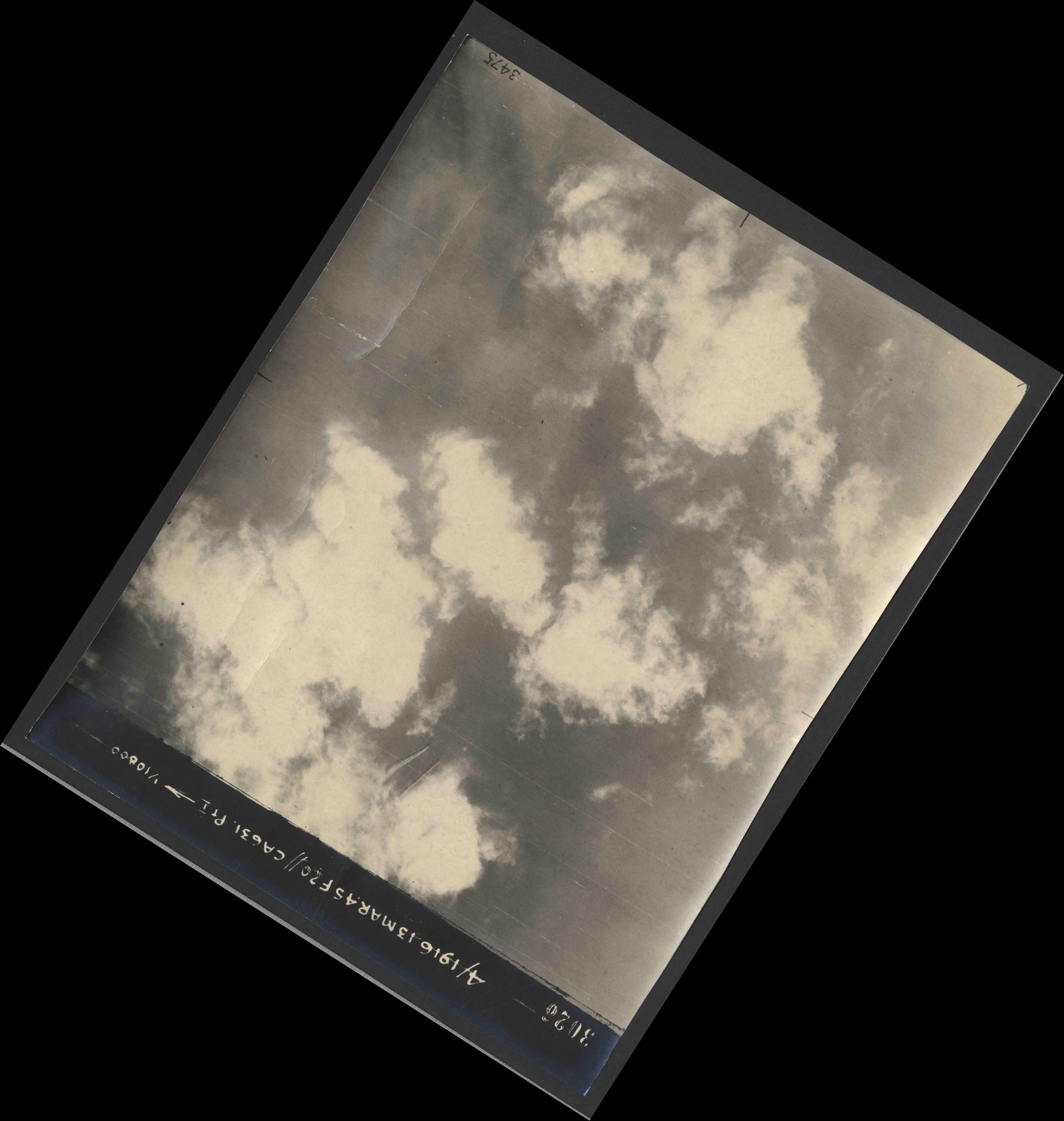 Collection RAF aerial photos 1940-1945 - flight 085, run 06, photo 3026