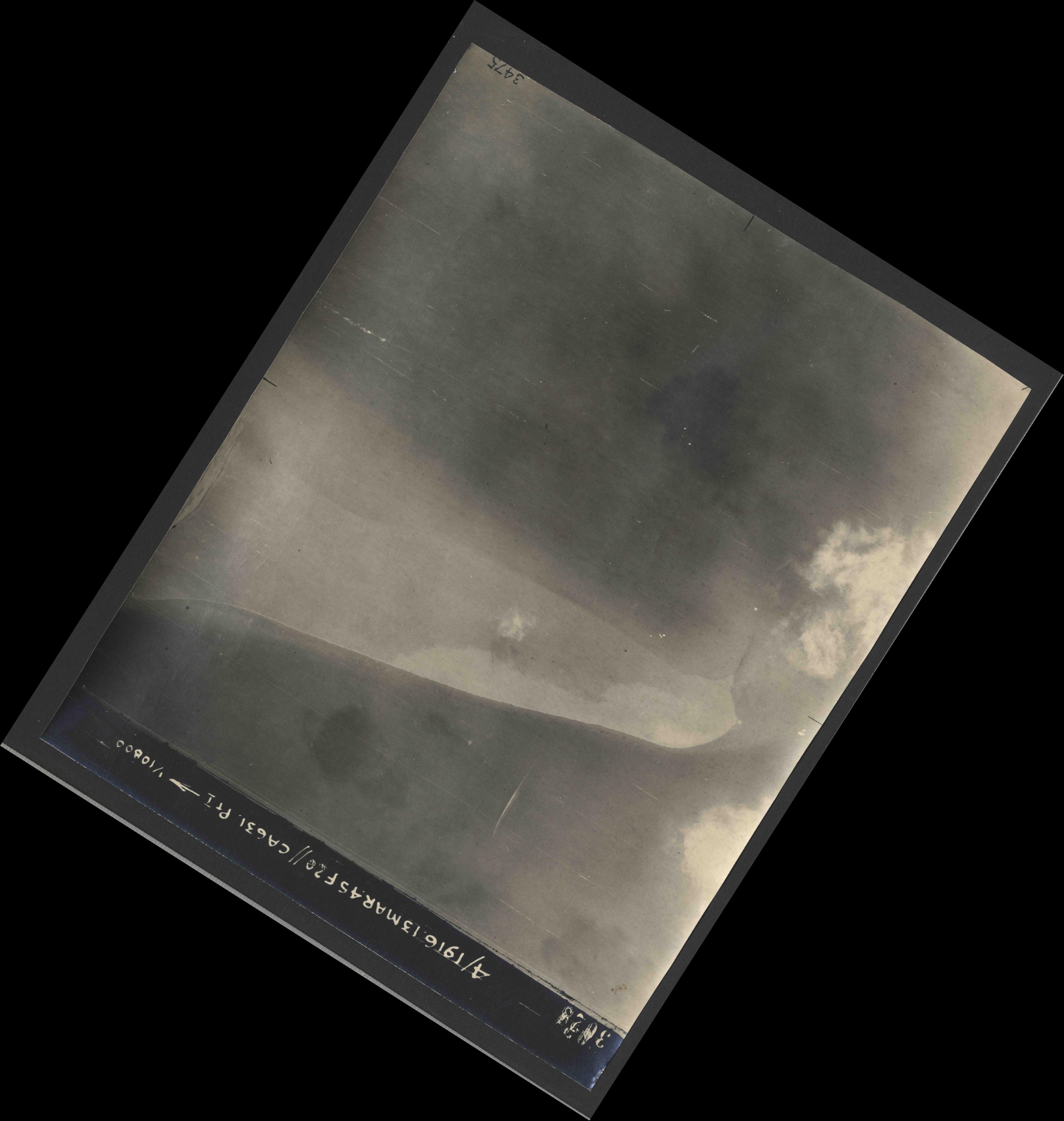 Collection RAF aerial photos 1940-1945 - flight 085, run 06, photo 3028