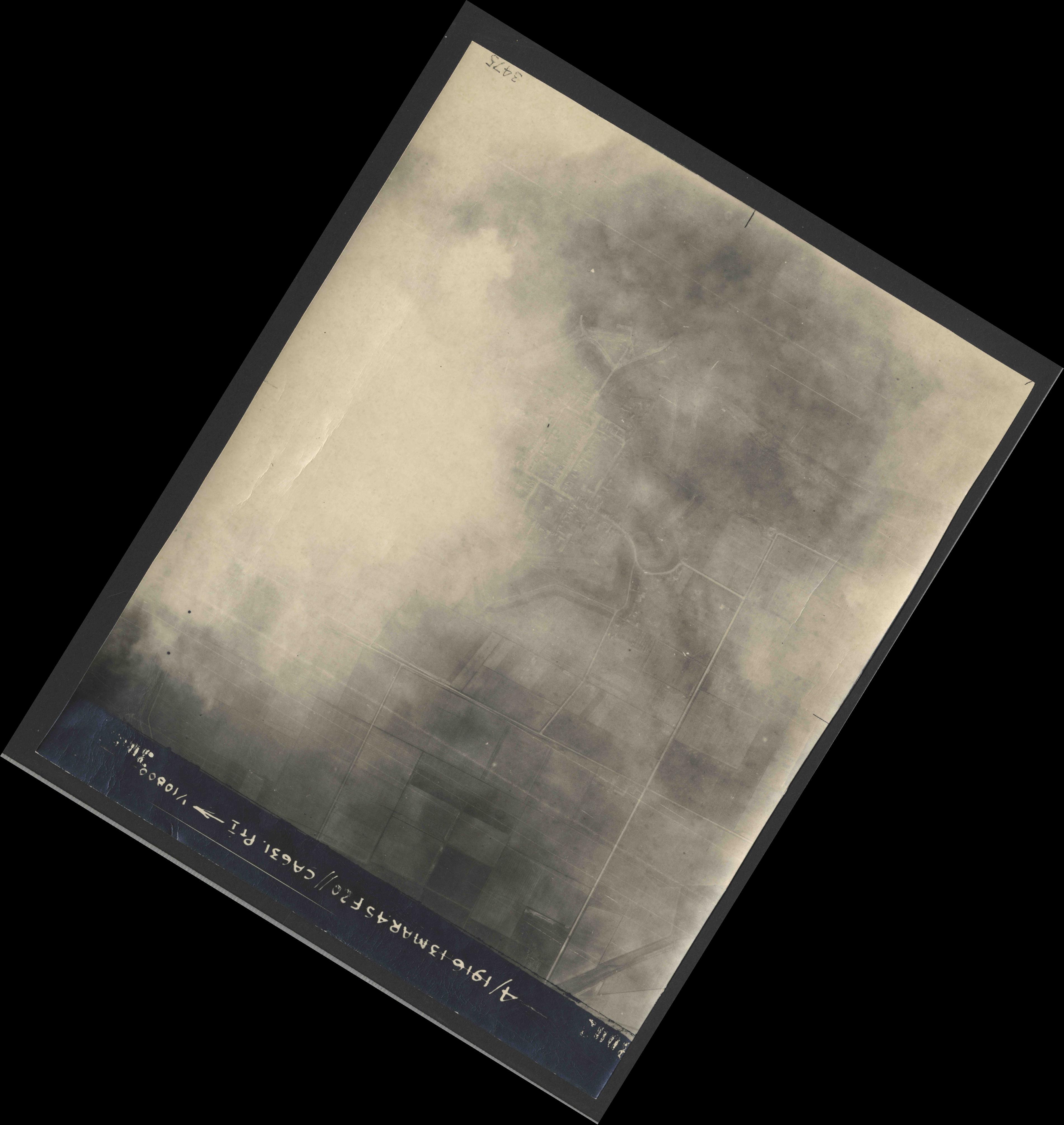 Collection RAF aerial photos 1940-1945 - flight 085, run 07, photo 3002