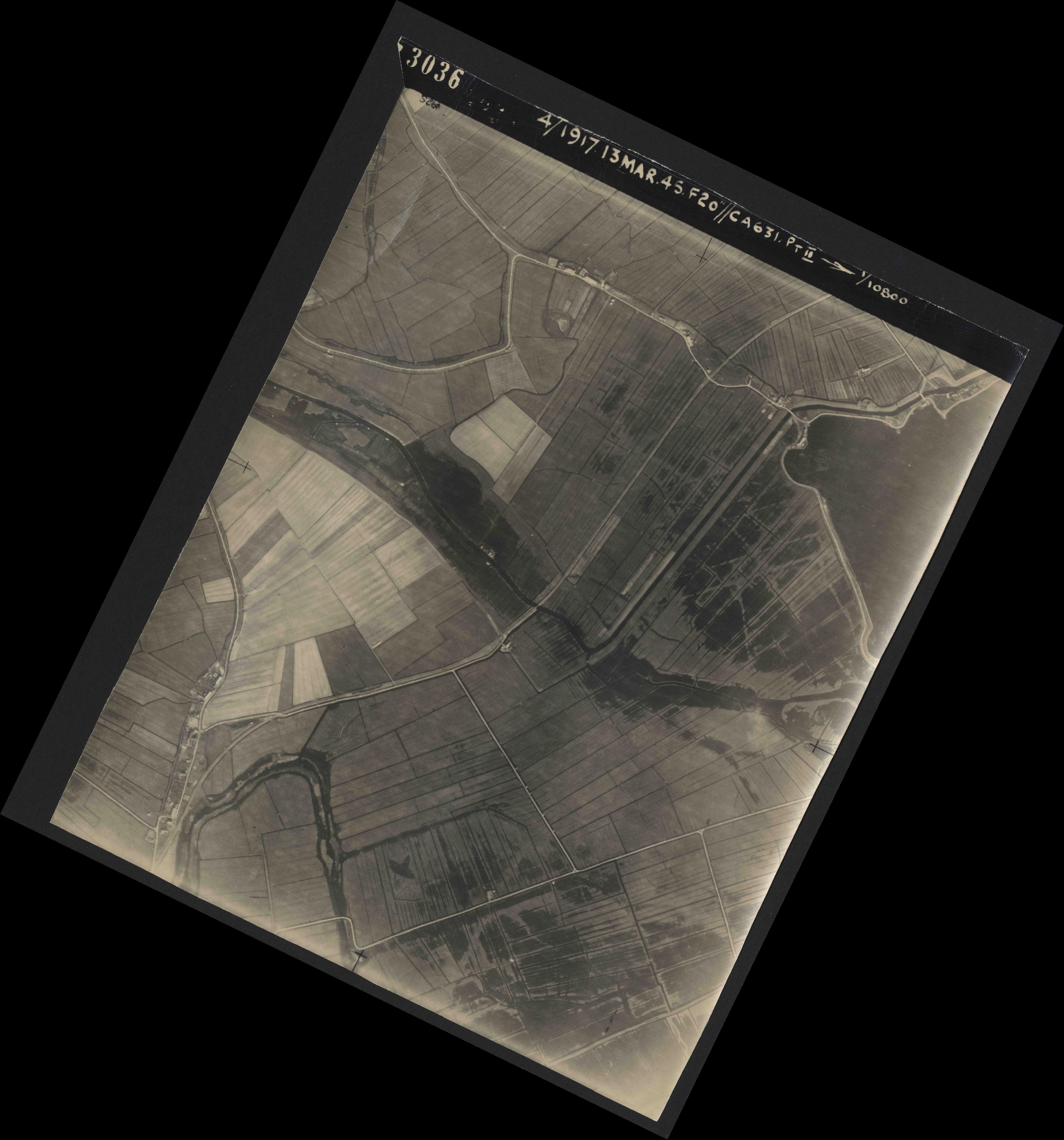 Collection RAF aerial photos 1940-1945 - flight 093, run 05, photo 3036
