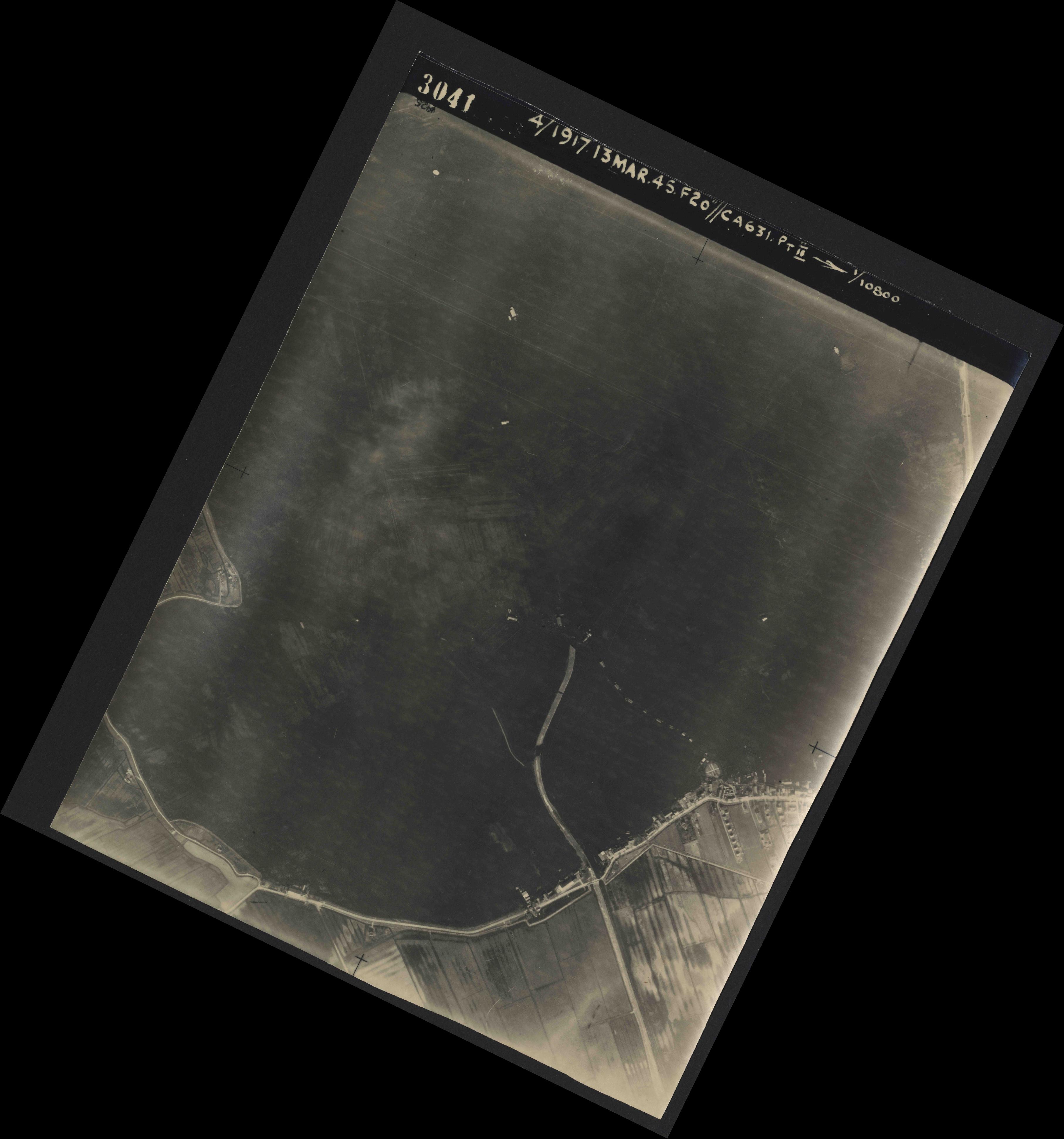 Collection RAF aerial photos 1940-1945 - flight 093, run 05, photo 3041