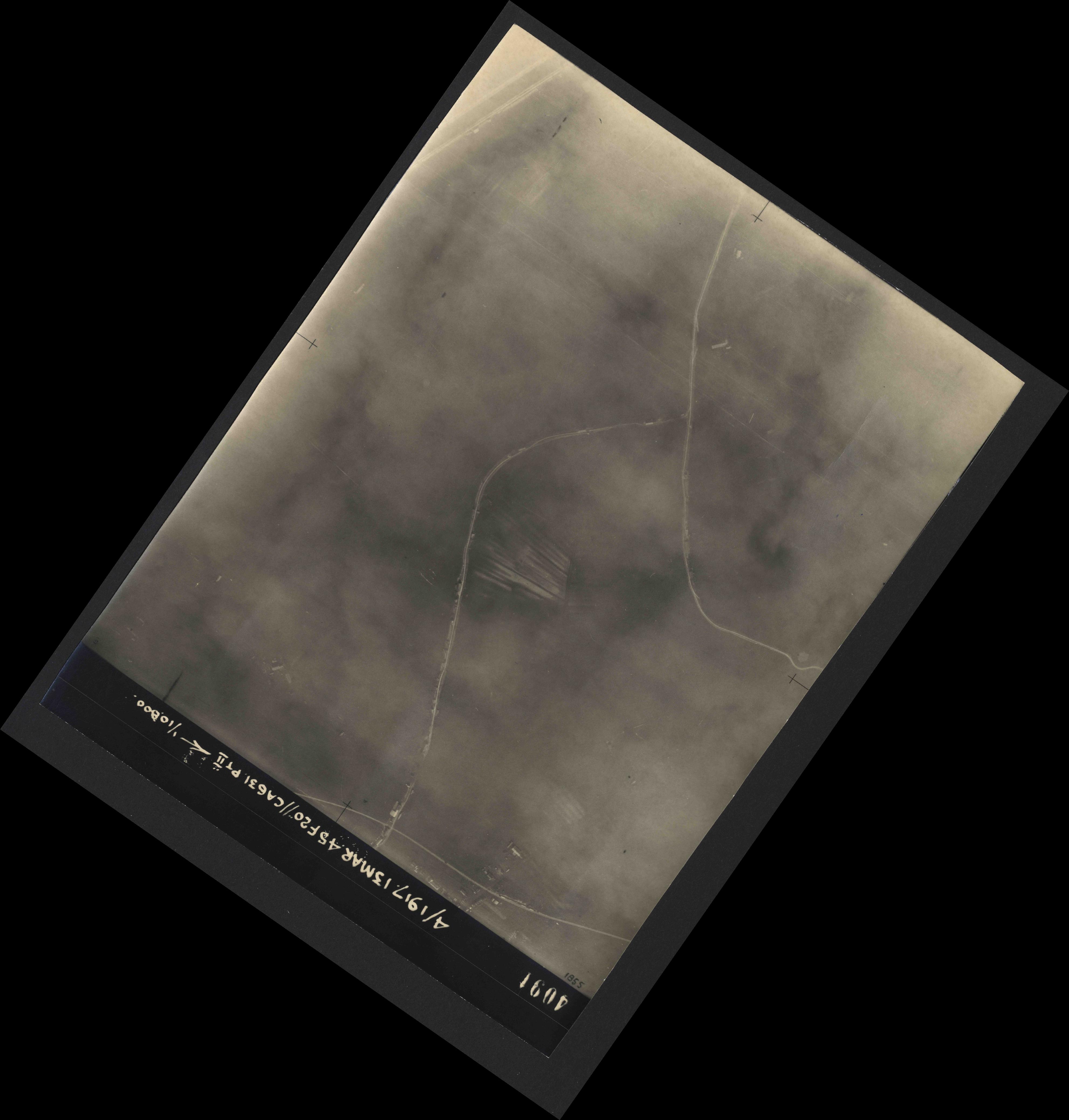 Collection RAF aerial photos 1940-1945 - flight 093, run 08, photo 4091