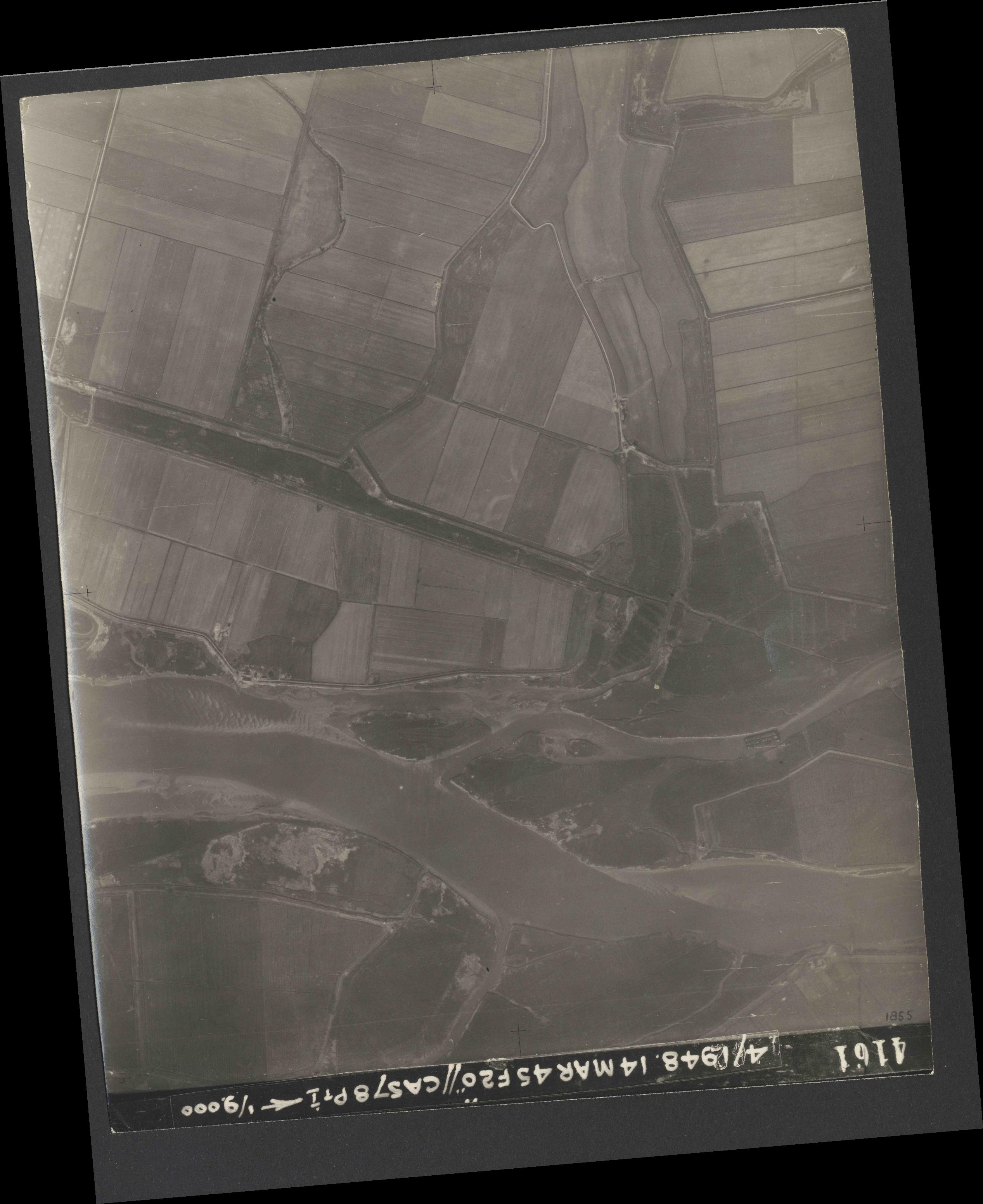 Collection RAF aerial photos 1940-1945 - flight 095, run 04, photo 4161