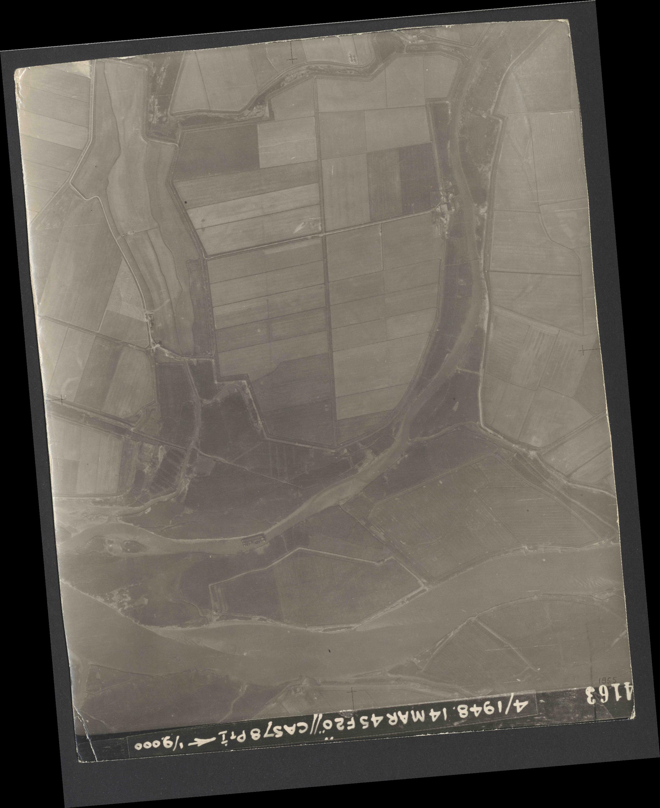 Collection RAF aerial photos 1940-1945 - flight 095, run 04, photo 4163